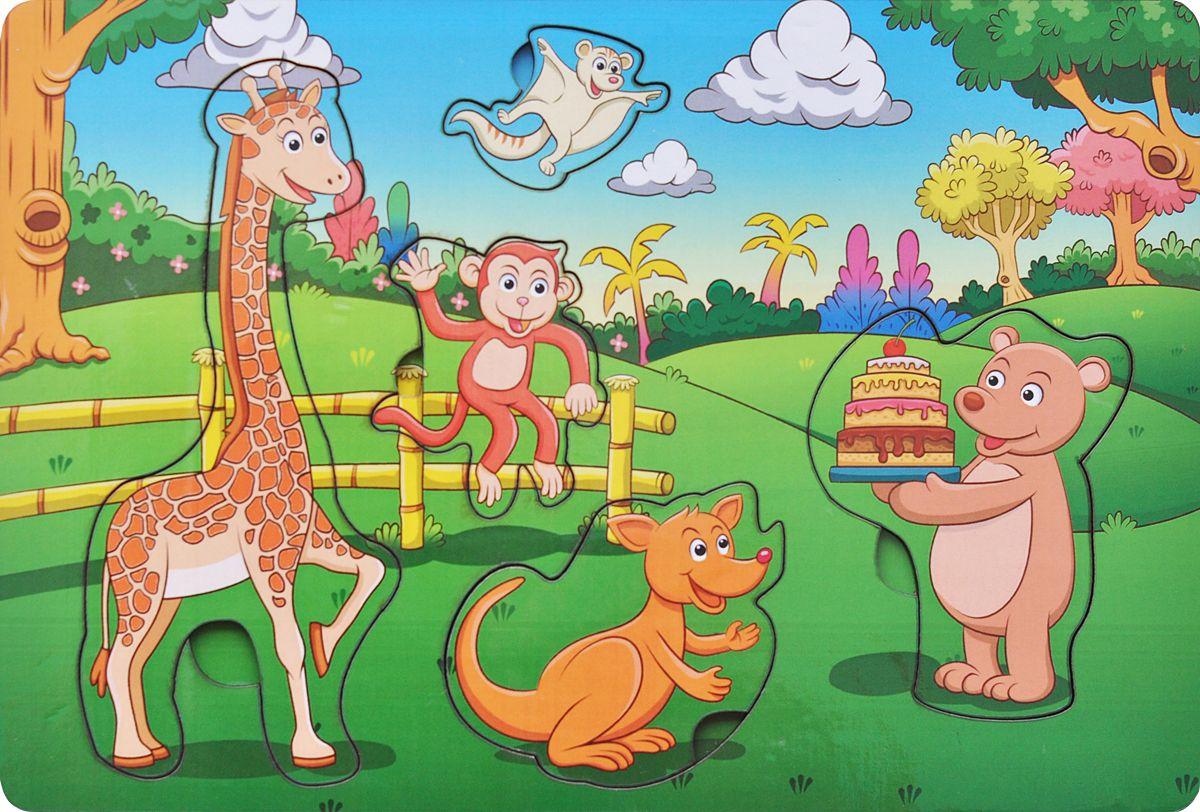 Фабрика Мастер игрушек Пазл для малышей День рождения в лесуIG0025Чудесная рамка-вкладыш станет первым пазлом для Вашего ребенка. Эта простая, но увлекательная игрушка обязательно привлечет внимание малыша. Картинки такие интересные и яркие. Задача игры заключается в следующем. Надо разложить деревянные фигурки по своим местам, в специальные углубления - дощечки.