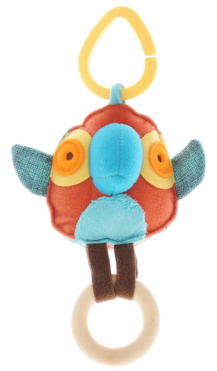 Skip Hop Развивающая игрушка-подвеска на коляску ПопугайSH 307416Развивающая игрушка-подвеска на коляску Skip Hop Попугай обязательно понравится вашему малышу. Игрушка выполнена из разнофактурных текстильных материалов в виде симпатичного попугайчика с прикрепленным к нему деревянным колечком. В попугайчика вшита безопасная погремушка. Игрушку-подвеску можно подвесить на коляску или детское кресло с помощью пластикового кольца. Развивающая игрушка-подвеска Skip Hop Попугай поможет развить у малыша мелкую моторику рук, звуковое и зрительное восприятие, тактильные ощущения и координацию движений.