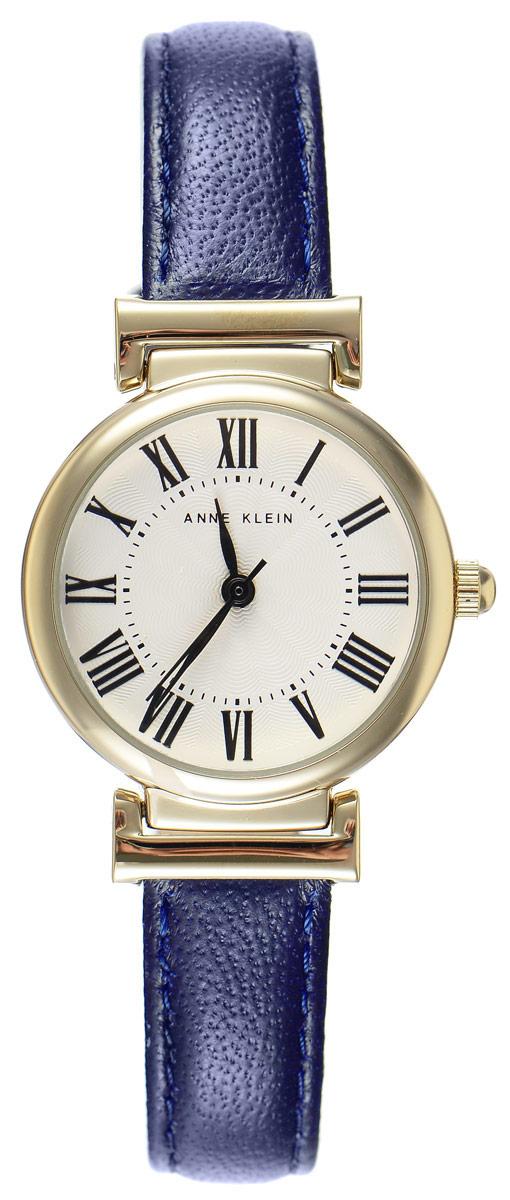 Часы наручные женские Anne Klein Daily, цвет: золотистый, синий. 22462246 CRNVЭлегантные женские часы Anne Klein Daily выполнены из металлического, оформлены сплава символикой бренда. Лаконичный корпус надежно защищен устойчивым к царапинам минеральным стеклом, а также имеет степень влагозащиты 3 Bar. Часы оснащены кварцевым механизмом, дополнены изящным ремешком из натуральной кожи. Ремешок застегивается на практичную пряжку. Часы поставляются в фирменной упаковке. Часы Anne Klein Daily подчеркнут изящество женской руки и отменное чувство стиля у их обладательницы.