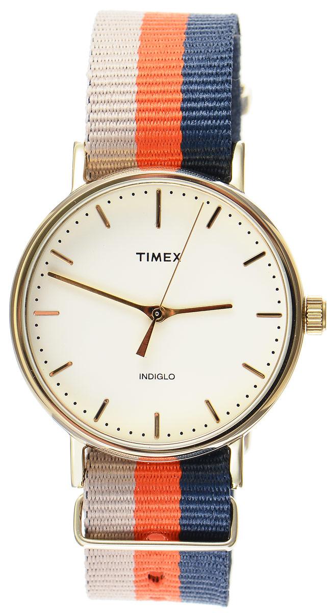 Часы наручные мужские Timex Weekender, цвет: бежевый, оранжевый, синий. TW2P91600TW2P91600Стильные мужские часы Timex Weekender - это модный и практичный аксессуар, который не только выгодно дополнит ваш образ, но и будет незаменим для каждого современного мужчины, ценящего свое время. Корпус с минеральным стеклом выполнен из латуни и оснащен задней крышкой из нержавеющей стали. Циферблат оснащен запатентованной электролюминесцентной подсветкой Indiglo и оформлен символикой бренда. Корпус изделия имеет степень влагозащиты 3 Bar, оснащен кварцевым механизмом и дополнен устойчивым к царапинам минеральным стеклом. Ремешок cо стильным принтом в полоску выполнен из нейлона и дополнен пряжкой, которая позволяет с легкостью снимать и надевать изделие. Часы поставляются в фирменной упаковке. Часы Timex подчеркнут ваш неповторимый стиль и дополнят любой наряд.
