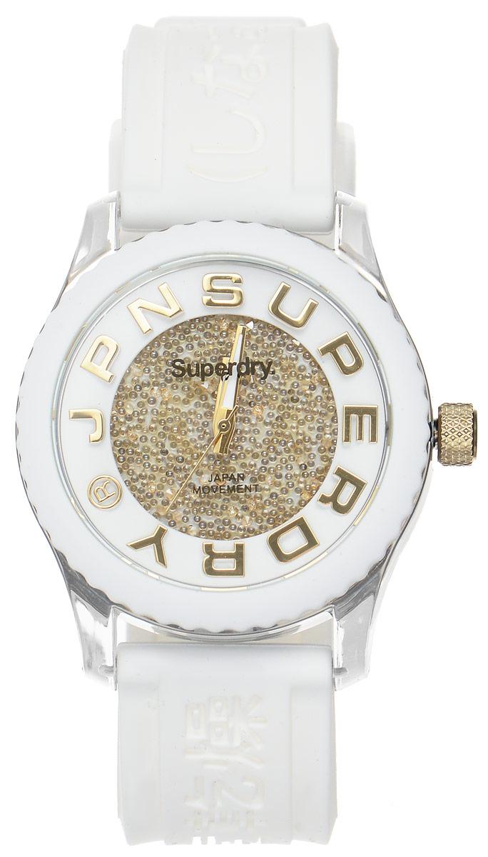 Часы наручные женские Superdry Urban, цвет: белый. SYL174WGSYL174WGЭлегантные часы Superdry Urban выполнены из нержавеющей стали, пластика и хезалитового стекла. Циферблат инкрустирован кристаллами Swarovski и оформлен символикой бренда. Корпус изделия имеет степень влагозащиты 5 Bar, оснащен кварцевым механизмом и дополнен устойчивым к царапинам хезалитовым стеклом. Ремешок современного дизайна выполнен из силикона и оснащен пряжкой, которая позволит с легкостью снимать и надевать изделие. Часы поставляются в фирменной упаковке. Часы Superdry Urban подчеркнут изящество женской руки и отменное чувство стиля у их обладательницы.