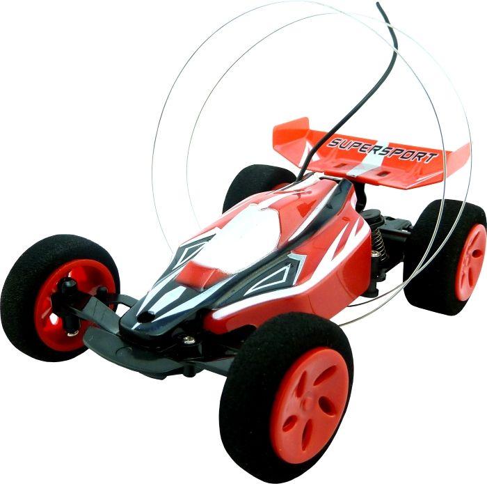 SPL Машина на радиоуправлении БаггиIG120Машинка на радиоуправлении SPL Racing A111 позволит воплотить в реальность все существующие на свете трюки безо всякой опасности для здоровья ребенка. Радиоуправляемая модель способна выполнять сумасшедшие трюки - ехать по спирали, делать сальто, прыгать с трамплина и еще множество других фокусов - все зависит от Вашей фантазии! Данная миниатюрная модель снабжена специальными защитными кольцами, благодаря которым модель после опрокидывания возвращается в нормальное положение. Автомобиль легок в управлении и обладает отличной маневренностью даже на больших скоростях. Он прекрасно подходит для игр на улице и в помещении. Багги прекрасно подходит для гонок по пересеченной местности. В комплекте: - автомобиль Багги - пульт управления - антенна - инструкция на русском языке - зарядное устройство