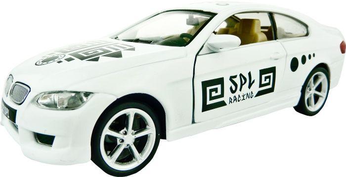 SPL Машина на радиоуправлении АцтекIG127Радиоуправляемая модель со стильным белым кузовом, раскрашенным в стиле ацтеков, выполнена в масштабе 1:32. Ваша миниатюрная модель может двигаться вперед или назад, а также поворачивать влево или вправо при движении вперед или назад. Модель легка в управлении и обладает отличной маневренностью даже на больших скоростях. У нее открываются двери и светятся фары. Модель прекрасно подходит для игр на улице и в помещении. В комплекте: модель автомобиля пульт управления инструкция кабель USB для зарядки сетевой адаптер (опционально)