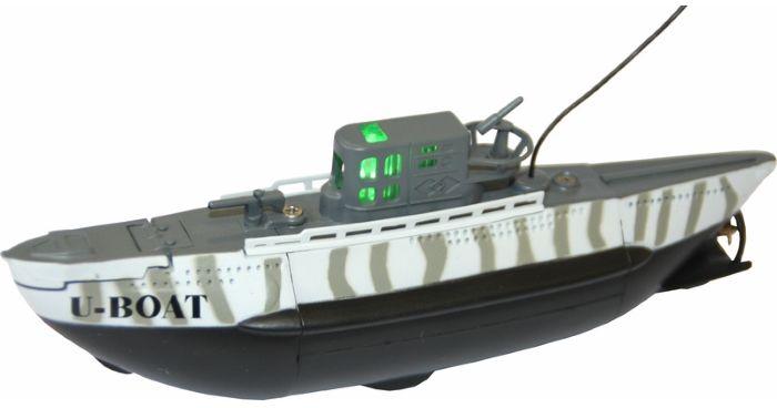 Bluesea Подводная лодка на радиоуправлении U BoatWT-00907Это потрясающая маленькая подводная лодка U-Boat доставит массу впечатлений и удовольствия людям любого возраста. Высокое качество исполнения и настоящая балластная система приведут владельцев в восторг! Модель проста в использовании и управляется при помощи 3-х канального передатчика, подлодка может погружаться на глубину до 60-и сантиметров и всплывать, идти вперед или задним ходом, поворачивать в любом направлении и даже крутиться на месте на з60 градусов. Максимальная скорость модели 0,15 узла, а одной зарядки аккумулятора хватает на 15 минут хода, причем аккумулятор модели заряжается от пульта за 20 минут, поэтому бороздить бездну аквариума можно хоть целый день! В комплекте: Одна подлодка, радиопередатчик управления и антенна к нему.