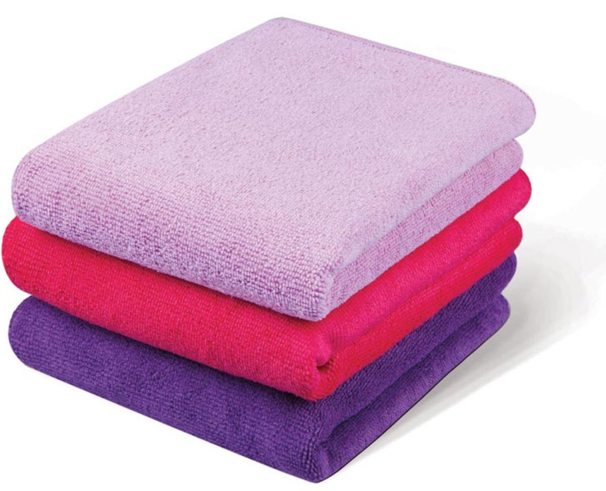 Набор кухонных полотенец Soavita, цвет: лиловый, фуксия, розовый, 40 х 60 см, 3 шт63875Махровое полотно создается из хлопковых нитей, которые, в свою очередь, прядутся из множества хлопковых волокон. Чем длиннее эти волокна, тем прочнее будет нить, и, соответственно, изделие. Длина составляющих хлопковую нить волокон влияет и на фактуру получаемой ткани: чем они длиннее, тем мягче и пушистее получится махровое изделие, тем лучше будет впитывать изделие воду. Хотя на впитывающие качество махры – ее гигроскопичность, не в последнюю очередь влияет состав волокна. Мягкая махровая ткань отлично впитывает влагу и быстро сохнет. Soavita – это популярный бренд домашнего текстиля. Дизайнерская студия этой фирмы находится во Флоренции, Италия. Производство перенесено в Китай, чтобы сделать продукцию более доступной для покупателей. Таким образом, вы имеете возможность покупать продукцию европейского качества совсем не дорого. Домашний текстиль прослужит вам долго: все детали качественно прошиты, ткани очень плотные, рисунок наносится безопасными для здоровья красителями, не...