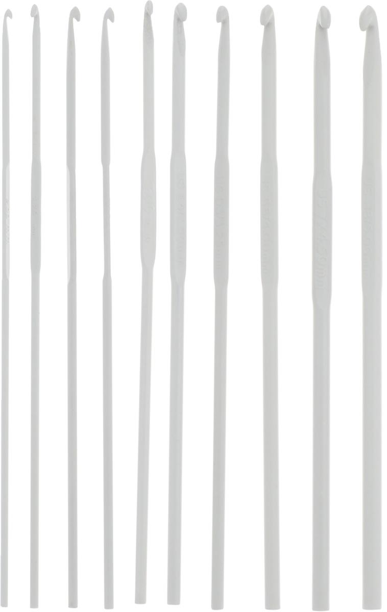 Набор крючков для вязания Pony, металлические, длина 15 см, 10 предметов45222Каждый крючок из набора Pony выполнен из высококачественного алюминия. Изделие предназначено для вязания и плетения из ниток, ручного изготовления полотна. Идеально гладкая головка и стержень крючка обеспечивают равномерное скольжение петель. Вязание крючком применяют как для изготовления одежды целиком, так и отделочных элементов одежды или украшений. Вы сможете вязать для себя и делать подарки друзьям. Рукоделие всегда считалось изысканным, благородным делом. Работа, сделанная своими руками, долго будет радовать вас и ваших близких. Подарок, выполненный собственноручно, станет самым ценным для друзей и знакомых. Длина каждого крючка: 15 см. Диаметры карючков: 2 мм, 2,25 мм, 2,5 мм (2 шт), 3 мм, 3,25 мм, 3,5 мм, 4 мм, 4,5 мм, 5 мм.