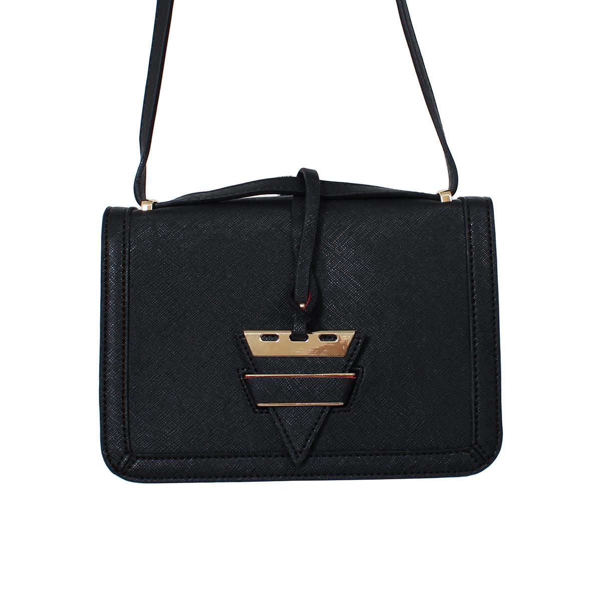 Сумка жен. Flioraj, цвет: черный. 0005162800051628Закрывается на декоратвную застежку. Внутри одно отделение, один открытый карман. Длинный ремень.
