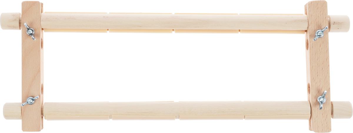 Пяльцы-рамка Бос, с пластиковыми зажимами, 30 х 15 см3015BOSПяльцы-рамка Бос, выполненные из дерева, предназначены для вышивания гобеленов, картин из бисера, работ в стиле ковровой техники и другого. Они оснащены пластиковыми зажимами. Изделие можно держать в руках или использовать в сочетании с универсальной подставкой, держателем пялец, напольным стендом и прочими подставками.