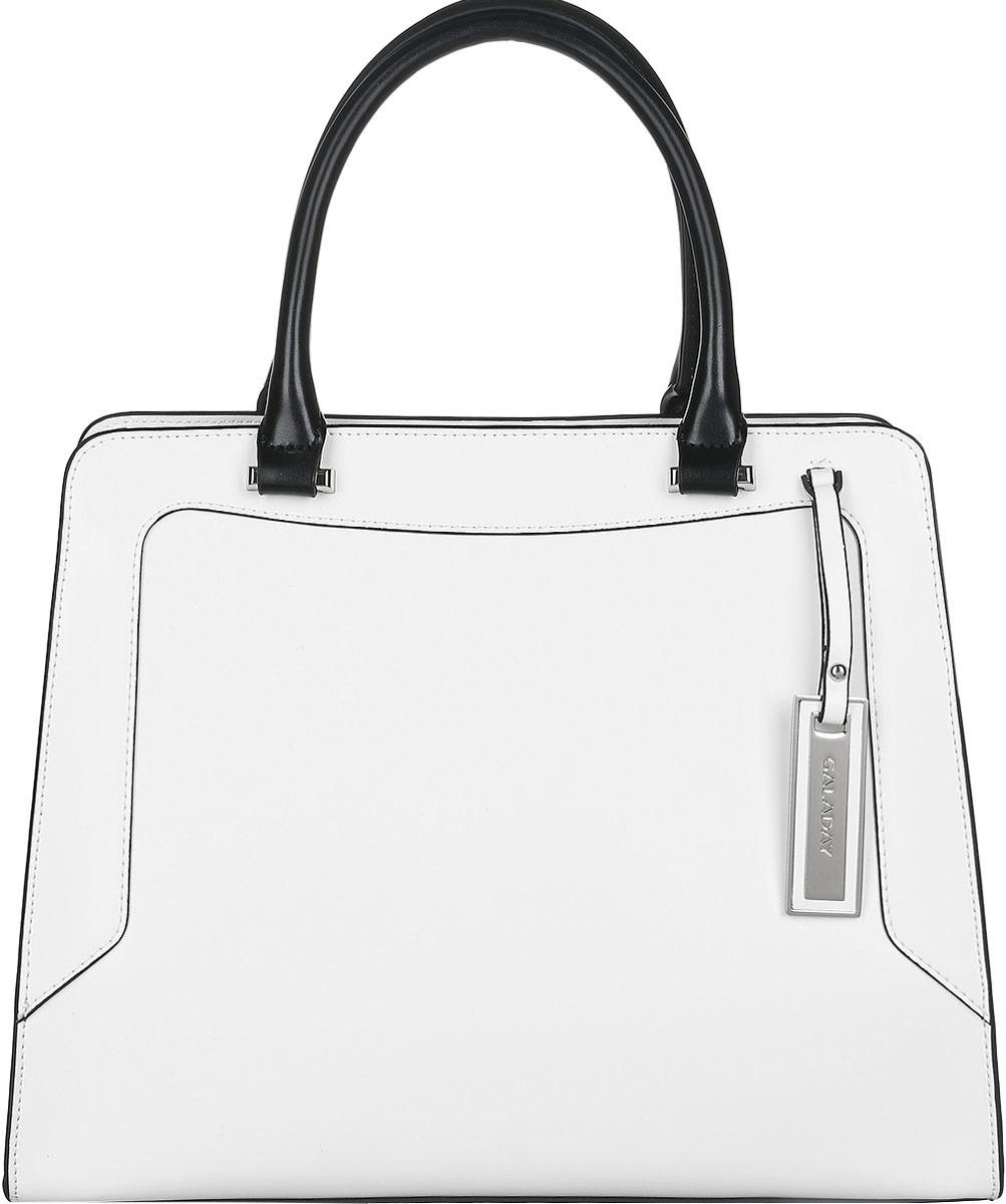 Сумка женская Galaday, цвет: белый, черный. GD4301GD4301-whiteСтильная женская сумка Galaday выполнена из натуральной гладкой кожи и имеет жесткую конструкцию. Модель оформлена контрастной окантовкой и фирменным металлическим брелоком с тиснением логотипа бренда. Изделие состоит из одного основного отделения, закрывающегося на пластиковую застежку-молнию, свободный край которой фиксируется при помощи кнопки. Внутри расположены карман-средник на молнии, два накладных кармашка для мелочей и телефона и врезной карман на молнии. Снаружи, на задней стороне сумки, расположен врезной карман на молнии. Сумка оснащена двумя практичными ручками для переноски, которые дополнены металлической фурнитурой, и съемным плечевым ремнем. На дне сумки предусмотрены металлические ножки, защищающие ее от механических повреждений. Прилагается фирменный текстильный чехол для хранения изделия. Оригинальный аксессуар позволит вам завершить образ и быть неотразимой.