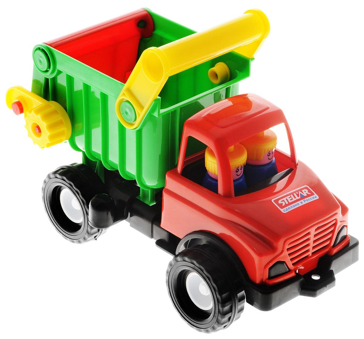 Stellar Грузовик цвет красный зеленый черный1401_красный, зеленый, черныйГрузовик Stellar отлично подойдет ребенку для различных игр. Вместительный кузов машины поднимается и опускается, задняя стенка кузова открывается. В кабине без стекол находятся две фигурки. Большие ребристые колеса обеспечивают машине устойчивость и хорошую проходимость. А еще машину можно возить за веревочку - для этого предусмотрено отверстие на бампере грузовика. Грузовик выполнен из прочного полипропилена, который позволяет выдерживать большие нагрузки. Ваш юный строитель сможет прекрасно провести время дома или на улице, подвозя к месту игрушечной стройки необходимые предметы на этом красочном грузовике.
