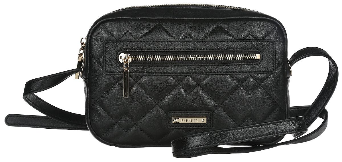 Сумка кросс-боди женская Fabretti, цвет: черный. N2558N2558-blackСтильная сумка кросс-боди Fabretti выполнена из натуральной кожи, оформлена металлической пластиной с гравировкой в виде символики бренда и декоративной строчкой. Изделие содержит одно отделение, закрывающееся на застежку-молнию. Внутри сумки размещены накладной кармашек для мелочей и врезной карман на застежке-молнии. Лицевая сторона дополнена врезным кармашком на молнии. Сумка оснащена плечевым ремнем регулируемой длины. В комплекте с изделием поставляется фирменный чехол для хранения. Модная сумка идеально подчеркнет ваш неповторимый стиль.