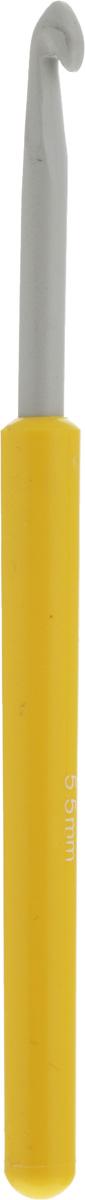 Крючок для вязания Pony, цвет: серый, желтый, диаметр 5,5 мм, длина 14 см46208Крючок Pony выполнен из алюминия и оснащен пластиковой ручкой. Крючок предназначен для вязания и плетения из ниток, ручного изготовления полотна. Идеально гладкая головка и стержень крючка обеспечивают равномерное скольжение петель. Эргономичная, приятная на ощупь рукоятка обеспечивает удобное и безопасное вязание без усталости. Вязание крючком применяют как для изготовления одежды целиком, так и отделочных элементов одежды или украшений. Вы сможете вязать для себя и делать подарки друзьям. Рукоделие всегда считалось изысканным, благородным делом. Работа, сделанная своими руками, долго будет радовать вас и ваших близких. Подарок, выполненный собственноручно, станет самым ценным для друзей и знакомых.