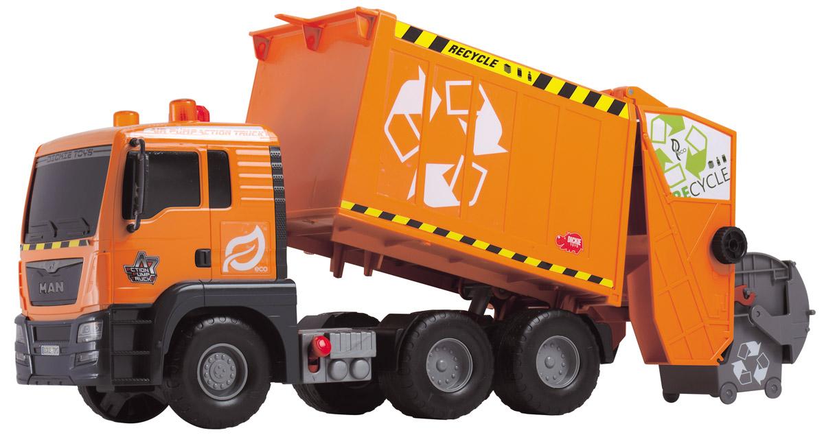Dickie Toys Мусоровоз MAN с подъемным механизмом3809000Мусоровоз Dickie Toys MAN с подъемным механизмом кузова непременно понравится вашему ребенку. Игрушка выполнена из прочного пластика в виде мощного мусоровоза. Контейнер мусоровоза может подниматься и опускаться с помощью помпового насоса. Для подъема контейнера используется кнопка на крыше кабины. Для опускания контейнера служит рычажок, расположенный в основании кузова. К машине также прилагается мусорный контейнер, который прочно фиксируется к подъемнику и может опрокидываться в контейнер с помощью колесика. С этой игрушкой ваш малыш будет часами занят игрой. Порадуйте его таким замечательным подарком!