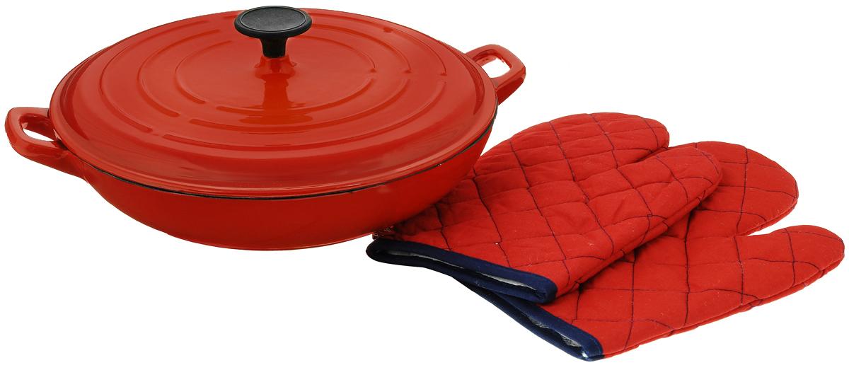 Сковорода-вок Vitesse Ferro с крышкой, с эмалированным покрытием, с 2 прихватками, цвет: красный. Диаметр 31 смVS-2326_красныйСковорода-вок Vitesse Ferro изготовлена из чугуна. Внешнее цветное термостойкое покрытие обеспечивает легкую чистку. Внутреннее эмалированное покрытие абсолютно безопасно для здоровья человека и окружающей среды. Чугун является наилучшим материалом, который долго удерживает и равномерно распределяет тепло. Благодаря особым качествам эмали, чем дольше вы используете посуду, тем лучше становятся ее эксплуатационные характеристики. Чугун обладает высокой прочностью, износоустойчивостью и антикоррозийными свойствами. Готовить можно с минимальным количеством подсолнечного масла. Сковорода оснащена боковыми ручками удобной формы и крышкой. В комплект входят 2 простеганные рукавицы. Подходит для всех типов плит, включая индукционные. Можно мыть в посудомоечной машине. Диаметр: 31 см. Высота стенки: 6,5 см. Ширина с учетом ручек: 39 см. Размер рукавиц: 26,5 х 19 см.