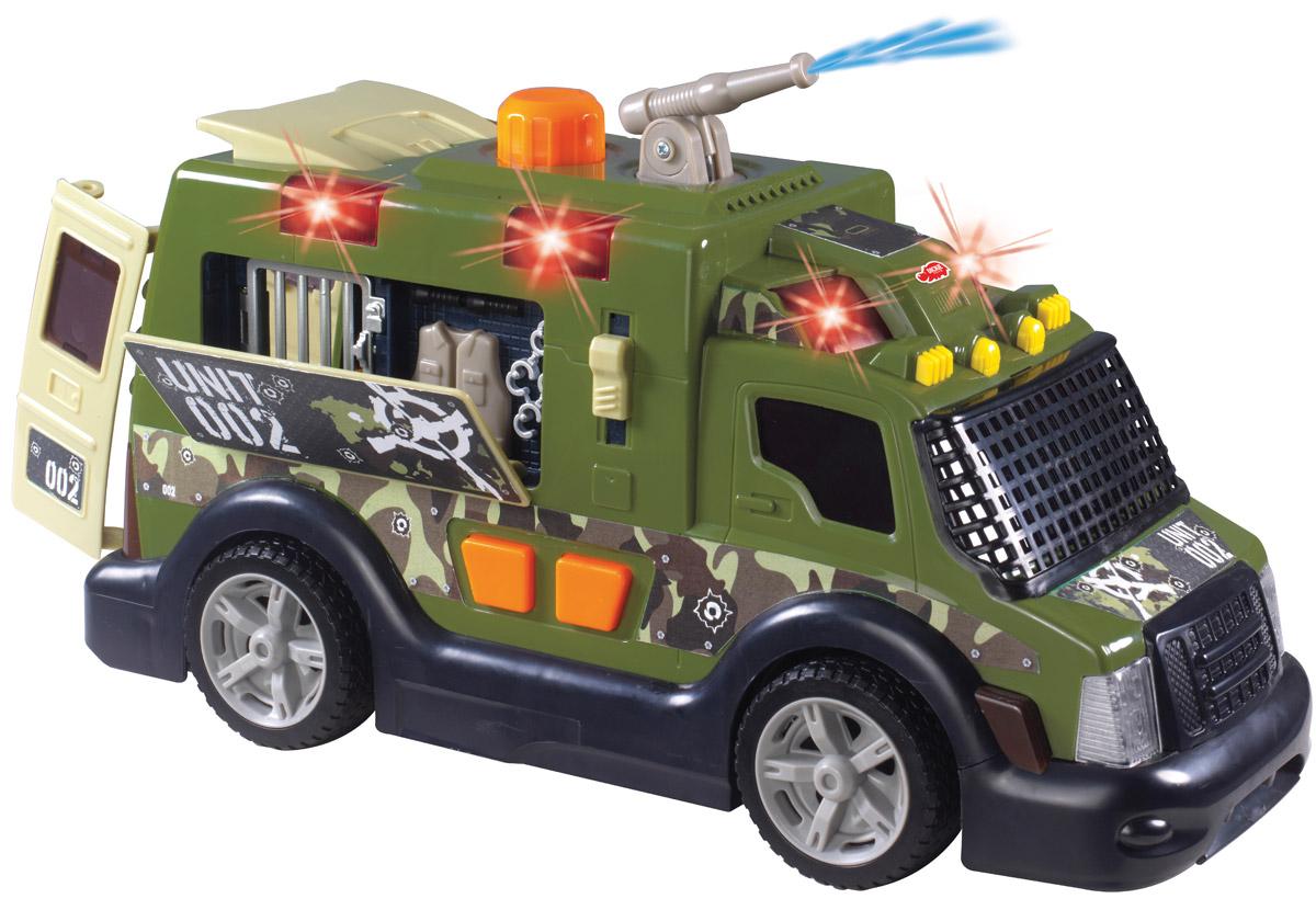 Dickie Toys Броневик Armor Truck3308364Броневик Dickie Toys Armor Truck с водометом непременно понравится вашему ребенку. Задние дверцы машины открываются с помощью большой педали на крыше, боковая панель откидывается при опускании рычажка, расположенного рядом с панелью. Кнопки на борту машины включают световые и звуковые эффекты: мигают маячки, звучит рокот мотора, слышны звуки стрельбы. Откидывание боковой панели также сопровождается звуковыми эффектами. Вращающийся водомет активируется путем нажатия на большую кнопку, расположенную на крыше машины. Предварительно машина заправляется водой. С этой игрушкой ваш малыш будет часами занят игрой. Порадуйте его таким замечательным подарком! Для работы игрушки необходимы 2 батарейки напряжением 1,5V типа АА (товар комплектуется демонстрационными).