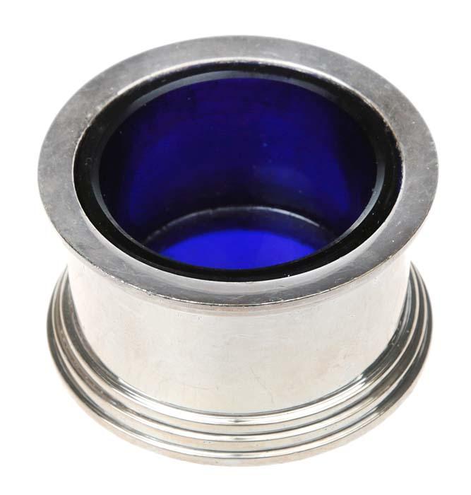 Солонка. Стекло кобальтового цвета, металл, серебрение. Великобритания, конец ХIХ века