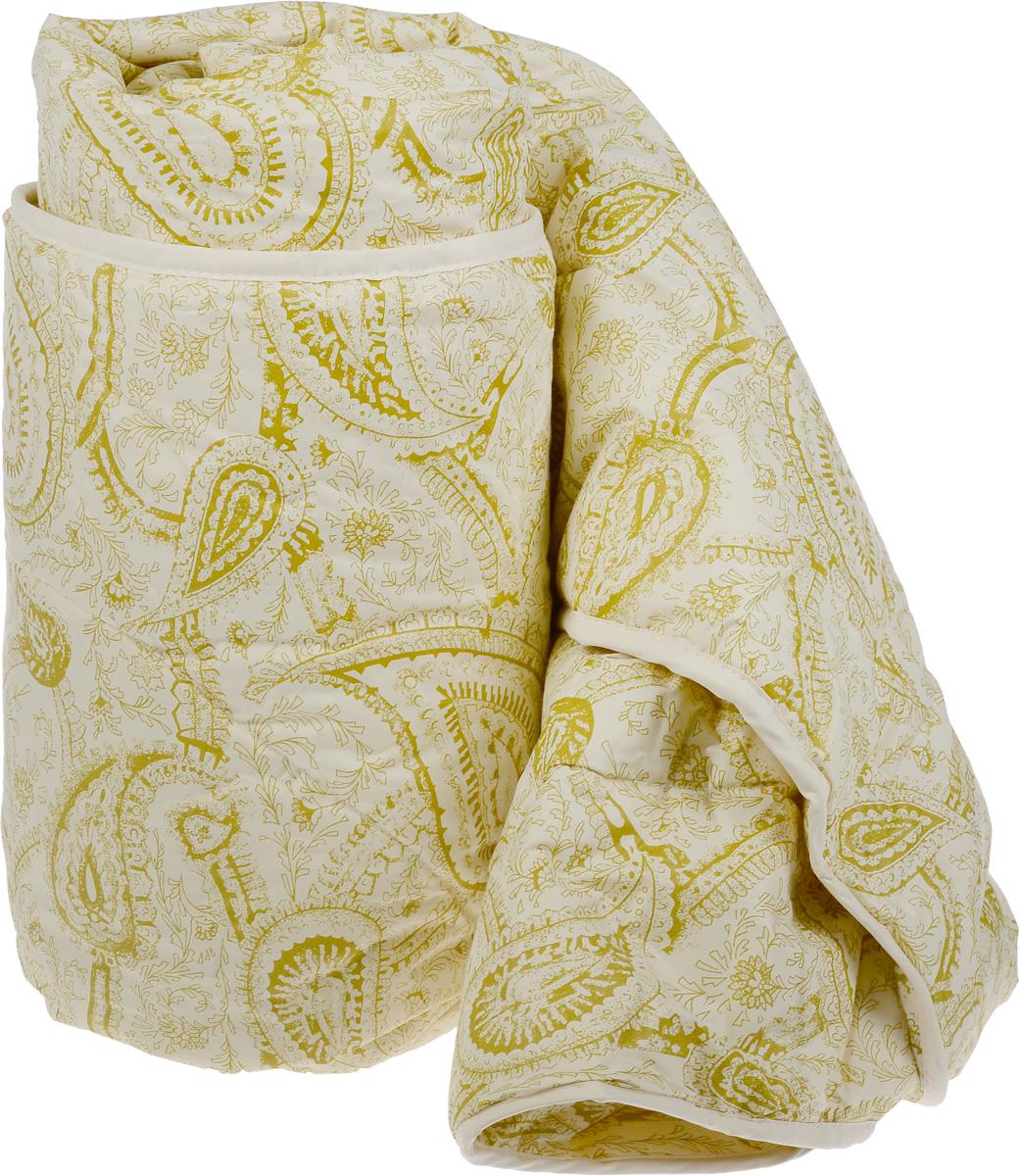 Одеяло Classic by Togas Пух в тике, наполнитель: лебяжий пух, 175 х 200 см. 20.04.12.007620.04.12.0076Одеяло Classic by Togas Пух в тике подарит комфортный и спокойный сон. Чехол одеяла выполнен из тика (100% хлопок), а наполнитель - синтетическое микроволокно лебяжий пух. Одеяло имеет классический крой, скругленные углы, кант и стежку, которая равномерно распределяет наполнитель внутри. Благодаря непревзойденным пуходержащим свойствам тика вы ощутите идеальный комфорт. Эта пухосдерживающая ткань прочнейшего саржевого или полотняного переплетения имеет специальную пропитку, которая не дает даже мельчайшим волокнам наполнителя проникать сквозь ткань. Тик превосходно пропускает воздух, впитывает влагу, оставаясь при этом сухим на ощупь. Тиковая ткань мягкая, нежная и не раздражает кожу, но при этом очень практичная и прочная. Микроволокно, которым наполнено одеяло, очень схоже с натуральным лебяжьим пухом - оно такое же мягкое, нежное и упругое. При этом микроволокно очень прочно и долговечно, гипоаллергенно и мгновенно восстанавливает ...