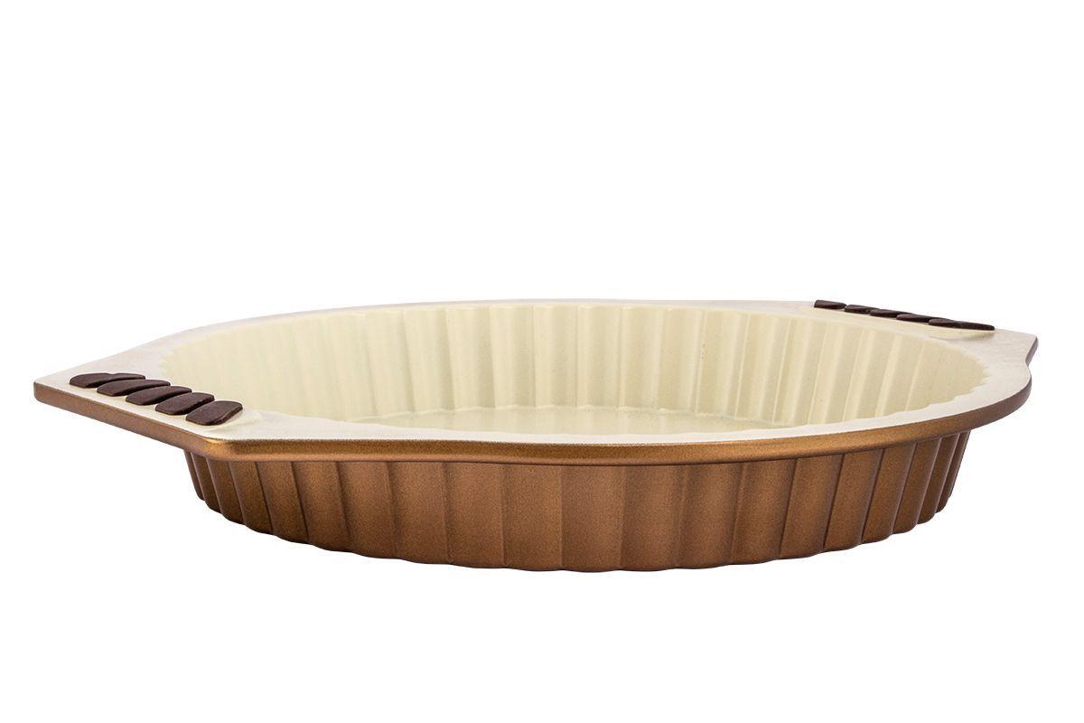 Форма для запекания Pomi d'Oro Milano, с керамическим покрытием, круглая, 28 см77.858@20093 / Q2824 Milanoформа для запекания Pomi dOro, модель Q2824, коллекция Milano;- размер 28см;- бежевое керамическое покрытие Kerano™ внутри, внешняя поверхность - суперпрочное и износостойкое покрытие цвета бургунди;- ручки c силиконовыми вставками;- штамп по специальной пресс-форме с толщиной боковых стенок - 2-3 мм, верхний кант завальцован;