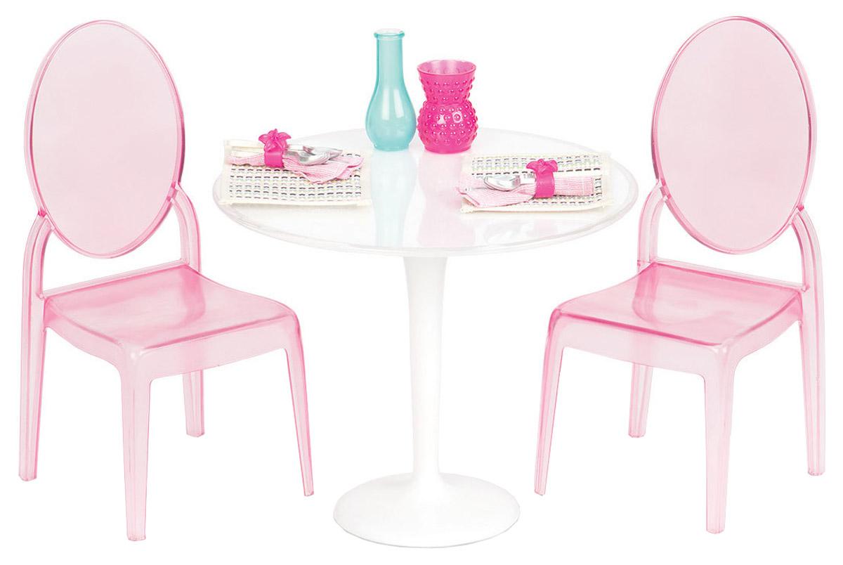Our Generation Набор мебели для кукол Стол для двоих11564С помощью набора мебели Our Generation Стол для двоих ваша малышка сможет собрать двух своих любимых куколок вместе. Набор включает в себя стол, два стула, две вазы, столовые приборы для двоих и две текстильные подставки. Набор легко собирается и подходит для любых кукол высотой 46 см. Помещается в большой кукольный дом. Ваша малышка будет часами играть с набором, придумывая различные истории. Порадуйте ее таким замечательным подарком! Куклы продаются отдельно.