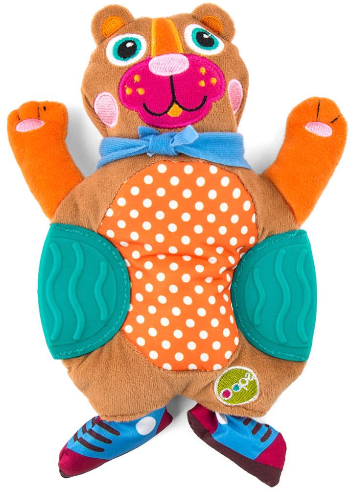 Oops Развивающая игрушка-прорезыватель МишкаO 13002.00_мишаРазвивающая игрушка-прорезыватель Oops Мишка не оставит равнодушным ни одного малыша. Выполненная из разнофактурных материалов, игрушка служит не только прекрасным средством при прорезывании зубов, но и помогает развивать цветовое и слуховое восприятие, тактильную чувствительность и моторику. Животик мишки шелестит при надавливании. При встряхивании гремит встроенная погремушка. Бока игрушки представляют собой два прорезывателя. Забавная игрушка станет для малыша отличным компаньоном в играх и обязательно поднимет настроение.