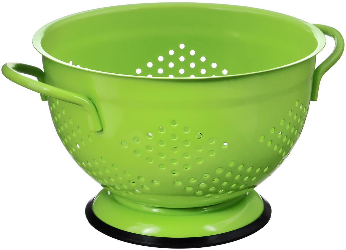 Дуршлаг Mayer & Boch, диаметр 21,5 см23528Дуршлаг Mayer&Boch, изготовленный из металла, станет полезным приобретением для вашей кухни. С внешней и внутренней стороны дуршлаг покрыт цветной эмалью. Он предназначен для отделения жидкости от твёрдых веществ, например, после варки макаронных изделий, круп, картофеля. Также дуршлаг используется для мытья и промывания ягод, грибов, мелких фруктов и овощей. Дуршлаг оснащен устойчивым основанием и удобными ручками по бокам. Диаметр дуршлага (по верхнему краю): 21,5 см Высота дуршлага: 12,5 см