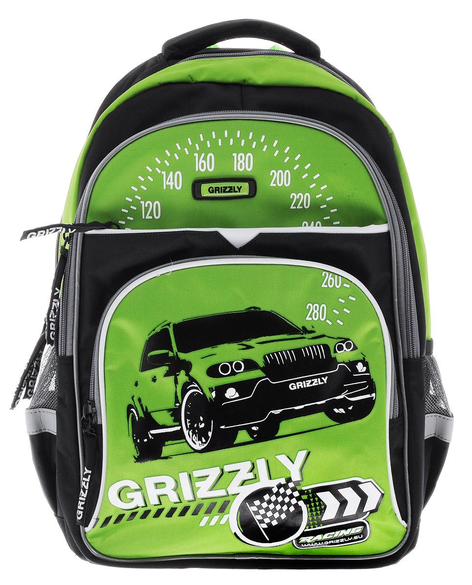 Grizzly Рюкзак детский Racing цвет черный салатовыйRB-632-3/1_черный,салатовыйДетский рюкзак Grizzly Racing сочетает в себе современный дизайн, функциональность и долговечность. Рюкзак выполнен из плотного материала и оформлен оригинальным изображением. Рюкзак имеет два основных отделения на застежках-молниях. Большое отделение имеет пришивной карман на молнии и две перегородки для тетрадей или учебников. Дно рюкзака можно сделать жестким, разложив специальную панель с пластиковой вставкой, что повышает сохранность содержимого рюкзака и способствует правильному распределению нагрузки. Второе отделение не содержит карманов. На лицевой стороне рюкзака располагаются два внешних кармана на застежке-молнии. Один из которых содержит сетчатый кармашек на молнии и три небольших открытых кармашка. По бокам рюкзака расположены два открытых кармана. Рюкзак оснащен петлей для подвешивания и удобной текстильной ручкой для переноски в руке. Широкие регулируемые лямки и сетчатые мягкие вставки на спинке рюкзака предохранят мышцы...