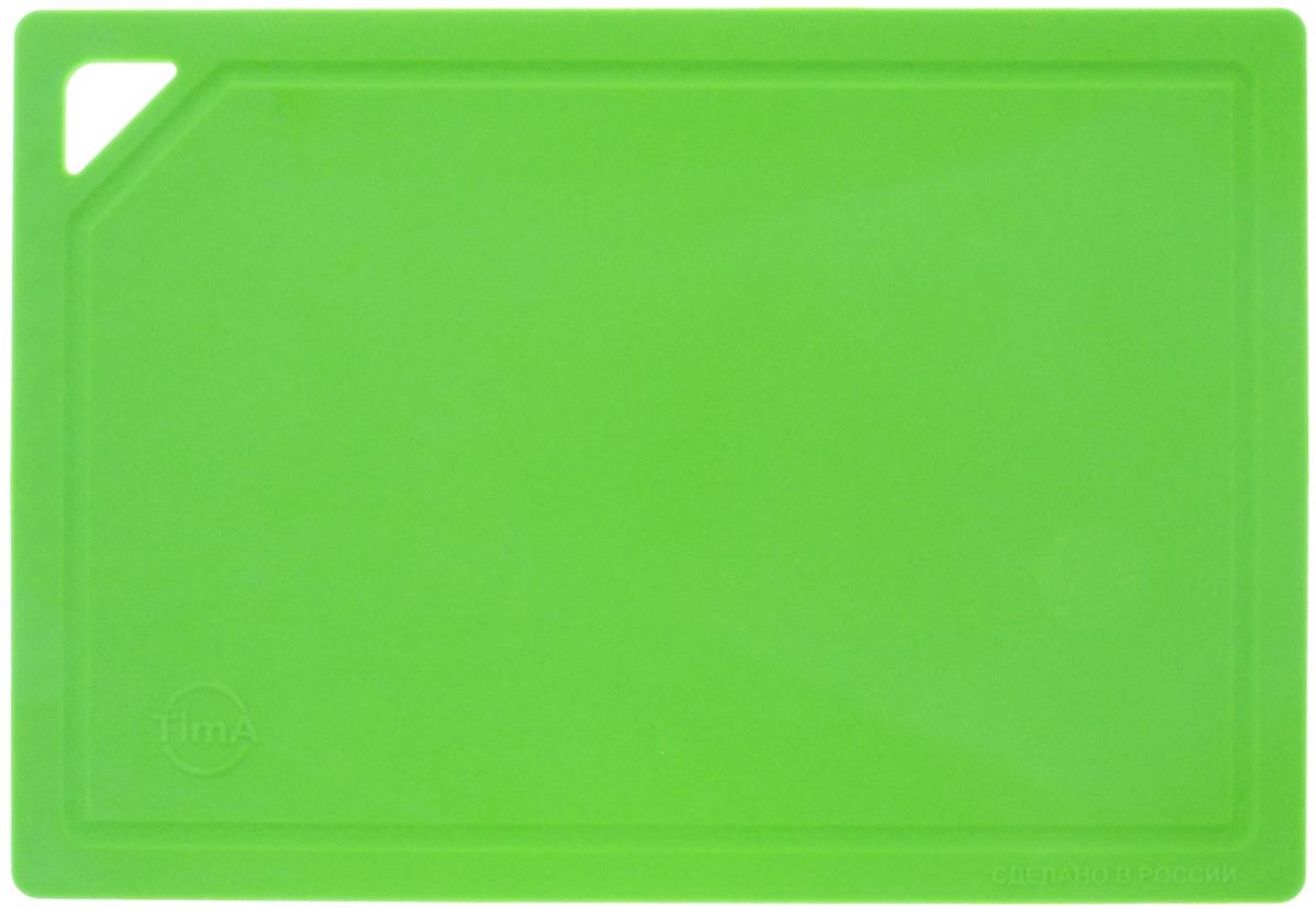 Доска разделочная TimA, гибкая, цвет: зеленый, 31 х 21 х 0,3 смДРГ-3022_зеленыйГибкая разделочная доска TimA изготовлена из полиуретана и обладает уникальными свойствами. Гигиенична. Не вступает в химическую реакцию с продуктами, не выделяет вредных веществ, предотвращает размножение болезнетворных микроорганизмов на поверхности доски. Безопасна. Доска плотно прилегает к любой поверхности стола или столешницы, не скользит. По краю проходит небольшой желоб, который предохраняет от растекания жидкости. Комфортна. Удобно высыпать нарезанные продукты даже в небольшую посуду, не уронив ни единого кусочка. Подходит для керамических ножей. Долговечна. Благодаря исключительным свойствам полиуретана, срок службы такой доски значительно выше, чем досок из дерева и пластика. Доски выпускаются в разных цветах, что позволяет использовать их для определенного вида продуктов. Зеленая - для овощей, красная - для мяса, синяя - для морепродуктов, желтая - для птицы, белая - для молочных продуктов. Простота в уходе....