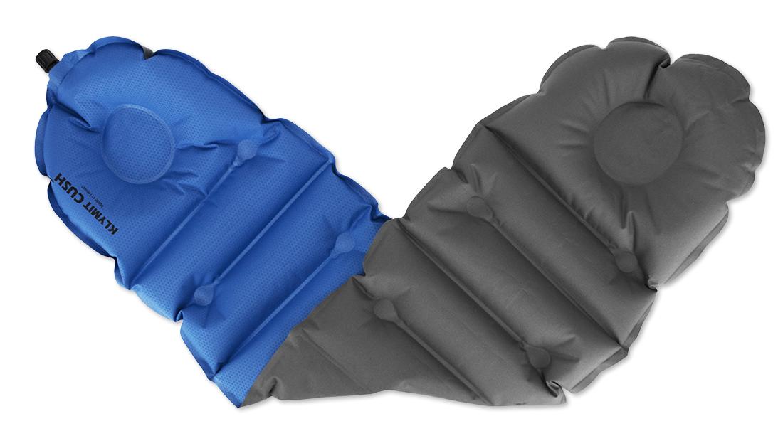 Надувная подушка/сиденье Klymit Cush seat/pillow Blue, цвет: синий12CUBG01Надежная и комфортная подушка /сиденье (трансформер) позволяет изменять толщину и размер за счет складывания в 1 или 2 слоя. Можно обернуть вокруг шеи как капот, или сложить в 2 слоя, сделав подушку или сиденье. В сложенном виде имеет размер кошелька. - Материал – полиэстер 75D - Надувается за 1- 2 выдоха - Размер – 74 см x 23 см x 3.81 см; в сложенном виде - 11.43 см x 8.89 см x 2.54 см - Вес – 82 гр - Цвет - Синий