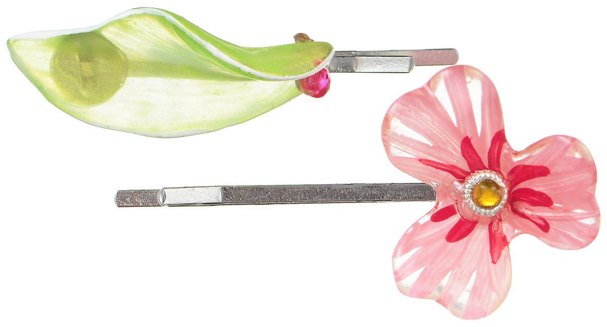Невидимки для волос Lalo Treasures, цвет: серебряный, розовый, зеленый, 2 шт. HP4581HP4581Яркие дизайнерские невидимки от Lalo Treasures станут отличным дополнением к вашему стилю. Они выполнены из качественной ювелирной смолы и металлического сплава. Декоративный элемент одной невидимки имеет форму цветка, другой - форму лепестка. Преимущество этой невидимки заключается в том, что благодаря декоративному украшению ее трудно потерять. Невидимки удобно надеваются, не мокнут и хорошо фиксируют волосы. Оригинальный дизайн позволит вашей причёске выглядеть интересней.