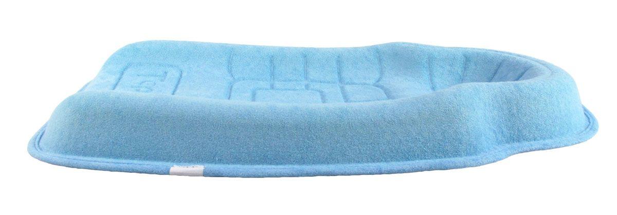 TeploKid Позиционер-подушка цвет голубой TK-SM01-DTK-SM01-DФорма, позволяющая избежать точечной нагрузки на тело ребенка. Препятствует развитию ассиметрии черепа ребенка и искривления шейного позвонка во время сна за счет боковой поддержки. Подушка имеет специальные канавки для циркуляции воздуха и предотвращения опрелостей головы. Можно использовать как: коврик для сна, мобильную кроватку в гостях или путешествии, в качестве пеленального столика. От 0 - 5 месяцев