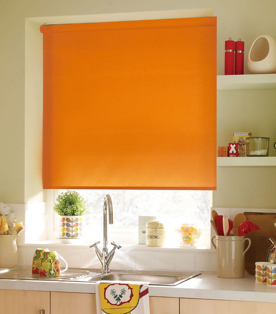 Миниролло KauffOrt 90х170 см, цвет: оранжевый3090203Рулонная штора Миниролло выполнена из высокопрочной ткани оранжевого цвета, которая сохраняет свой размер даже при намокании. Ткань не выцветает и обладает отличной цветоустойчивостью. Миниролло - это подвид рулонных штор, который закрывает не весь оконный проем, а непосредственно само стекло. Такие шторы крепятся на раму без сверления при помощи зажимов или клейкой двухсторонней ленты. Окно остаётся на гарантии, благодаря монтажу без сверления. Такая штора станет прекрасным элементом декора окна и гармонично впишется в интерьер любого помещения.