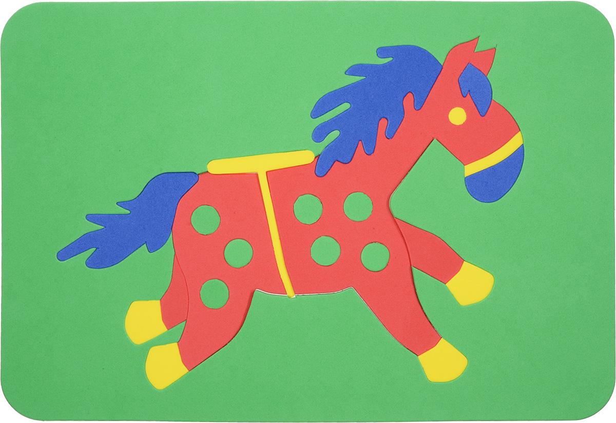 Август Пазл для малышей Лошадка цвет основы зеленый27-2010_зеленыйПазл для малышей Август Лошадка выполнен из мягкого полимера, который дает юному конструктору новые удивительные возможности в игре: детали пазла гнутся, но не ломаются, их всегда можно состыковать. Пазл представляет собой рамку, в которой из разноцветных элементов собирается яркая лошадка. Ваш ребенок сможет собирать его и в ванной. Элементы можно намочить, благодаря чему они будут хорошо прилипать к стене в ванной комнате. Мягкие пазлы способствуют развитию моторики пальцев и рук ребенка, развивают координацию движений, обостряют внимание, улучшают память, помогают научиться воспринимать детали, как часть целого, развивают фантазию и пространственное мышление.