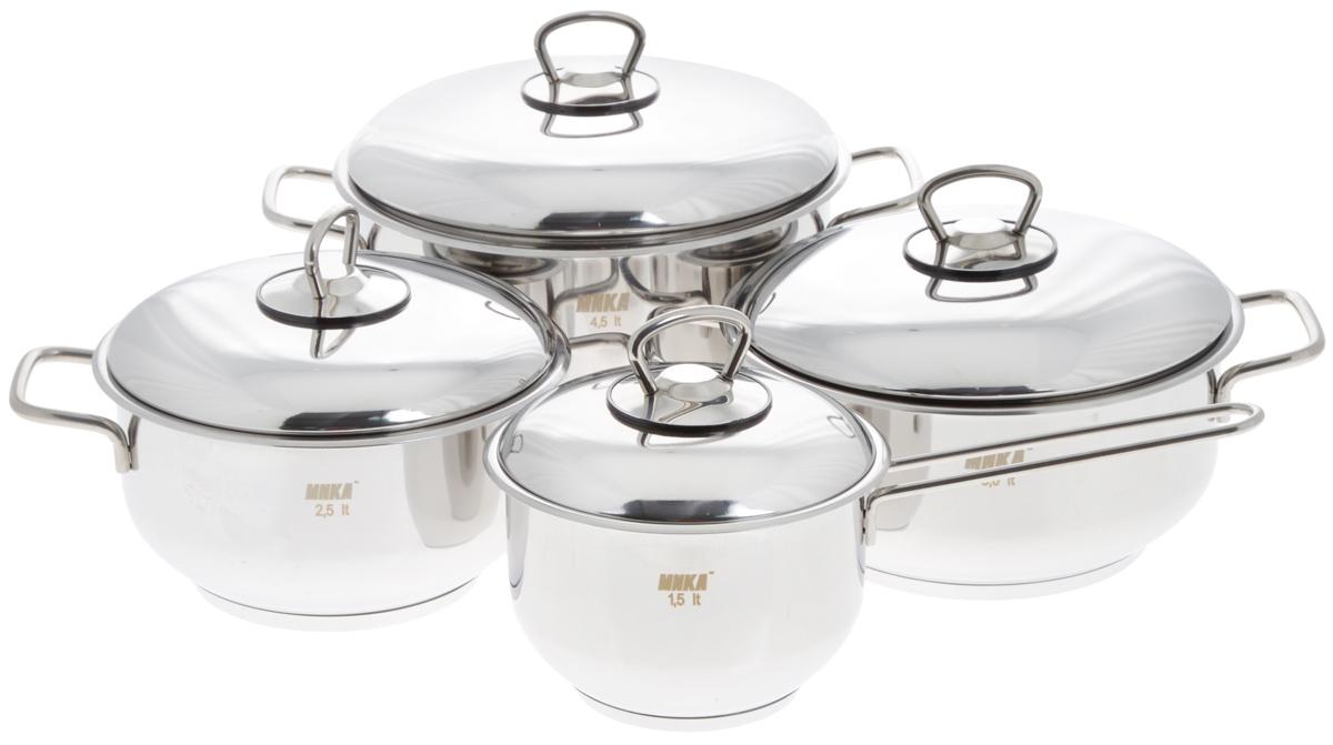 Набор посуды Катюша, 8 предметовЕ300Набор посуды Катюша состоит из трех кастрюль с крышками и ковша с крышкой. Посуда изготовлена из высококачественной нержавеющей стали, что гарантирует безупречный внешний вид посуды, практичность и долговечность. Трехслойное теплораспределяющее дно позволяет равномерно распределять и значительно дольше сохранять тепло по стенкам и дну посуды, что предотвращает пригорание пищи и обеспечивает более быстрое приготовление блюд. Крышки, выполненные из термостойкого стекла, оснащены ободом из нержавеющей стали и отверстием для выхода пара. Эргономичный дизайн и функциональность набора Катюша позволят вам наслаждаться процессом приготовления любимых блюд. Изделия подходят для использования на всех типах плит, включая индукционные. Можно мыть в посудомоечной машине. Диаметр кастрюль: 18 см; 20 см; 22 см. Высота кастрюль: 10 см; 10 см; 12,5 см. Ширина кастрюль (с учетом ручек): 26 см; 28 см; 30,5 см. Объем кастрюль: 2,5 л; 3 л; 4,5 л....