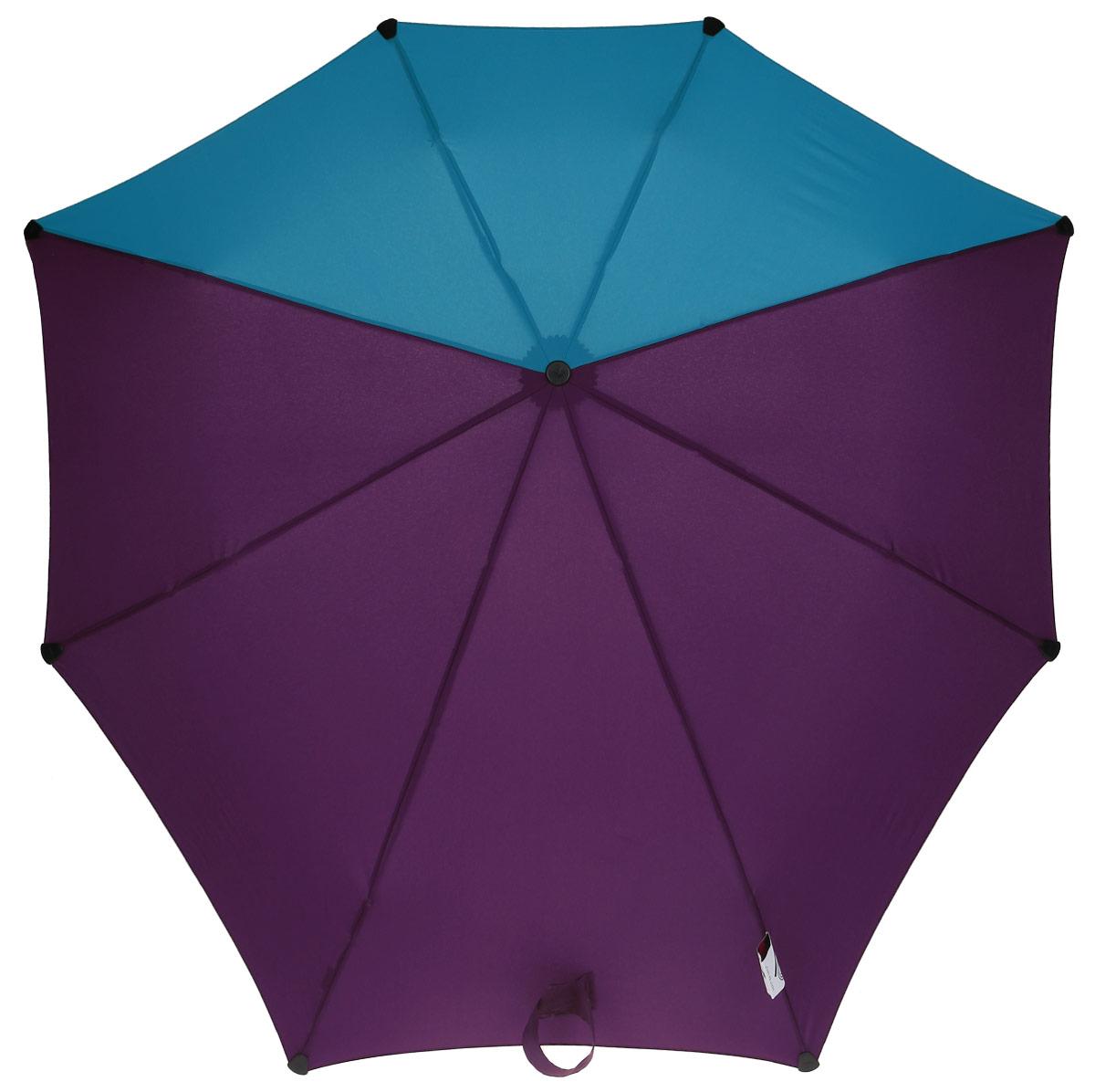 Зонт-автомат Senz, цвет: фиолетовый, голубой. 10240121024012Инновационный противоштормовый зонт, выдерживающий любую непогоду. Входит в коллекцию senz6, разработанную совместно со знаменитыми дизайнерами фэшн-индустрии и отвечающую новейшим веяниям моды. Форма купола продумана так, что вы легко найдете самое удобное положение на ветру – без паники и без борьбы со стихией. Закрывает спину от дождя. Благодаря своей усовершенствованной конструкции, зонт не выворачивается наизнанку даже при сильном ветре. Характеристики: - тип — автомат - три сложения - выдерживает порывы ветра до 80 км/ч - УФ-защита 50+ - эргономичная ручка - безопасные колпачки на кончиках спиц - в комплекте чехол с фирменным принтом - гарантия 2 года Размер купола - 91 х 91 см., длина в сложенном виде - 28 см., в раскрытом - 57 см. Весит 360 г.