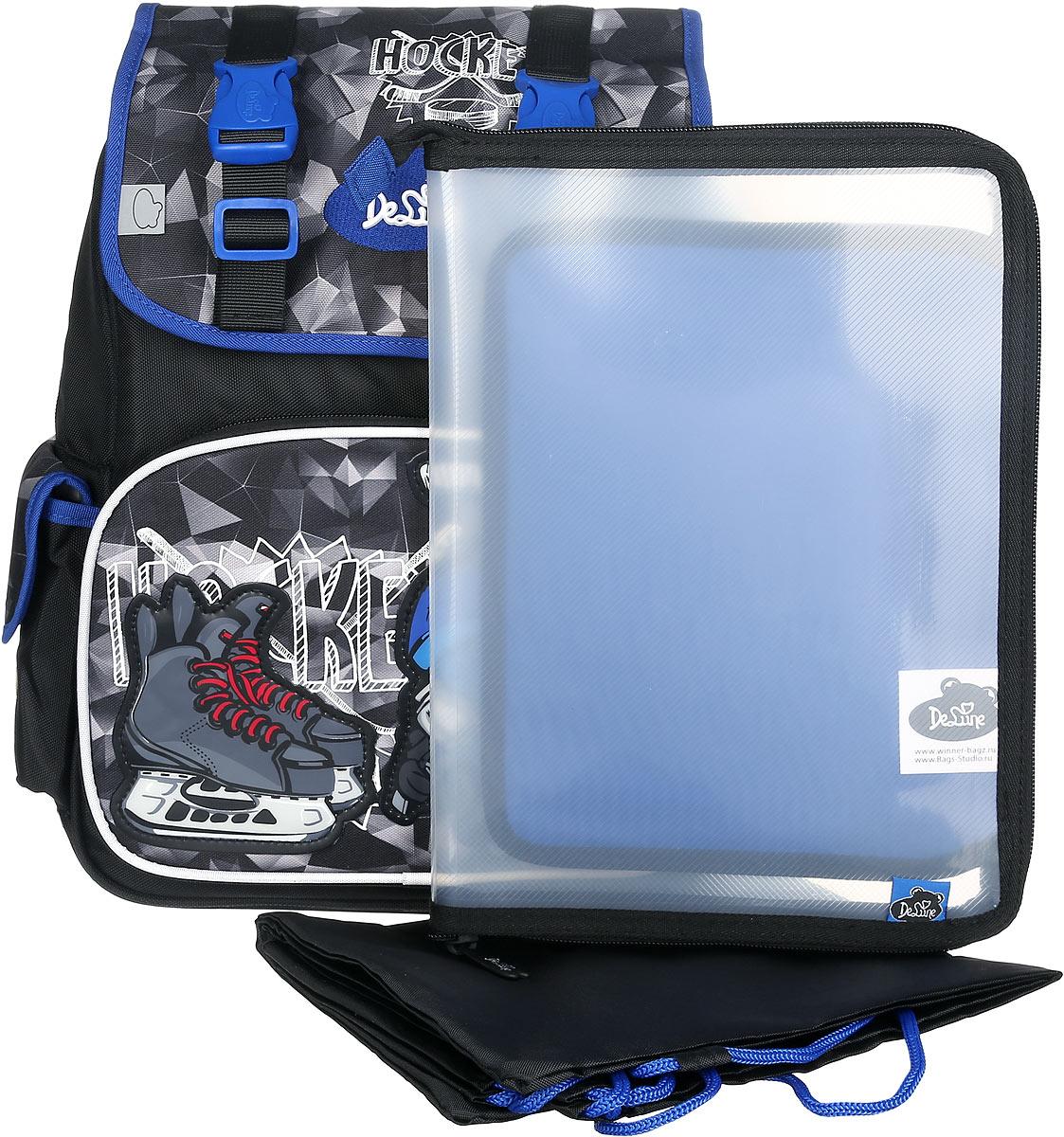 DeLune Рюкзак детский Hockey с наполнением цвет черный синий 2 предмета52-12Детский рюкзак DeLune Hockey имеет мягко-каркасную форму. Эта уникальная технология, позволяющая держать форму даже при полностью пустом рюкзаке, не прогибается и не меняет форму под весом. Эргономичная спинка имеет достаточно жесткий каркас, но при этом очень мягкая и приятная снаружи, что обеспечивает комфортное ношение и защиту спины ребенка. Рюкзак содержит два вместительных отделения, закрывающиеся на застежки-молнии и клапаном на липучке. Высококачественные молнии известной фирмы SBS. В наибольшем отделении находятся две перегородки для тетрадей, фиксирующиеся резинкой, а также три открытых сетчатых кармана и нашивная бирка для заполнения личных данных владельца. Дно рюкзака можно сделать более устойчивым, разложив специальную панель. Внутреннее оснащение рюкзака разработано по специальной системе распределения вещей Open access, что позволяет удобно распределить школьные принадлежности ребенка. Лицевая сторона рюкзака оснащена накладным...