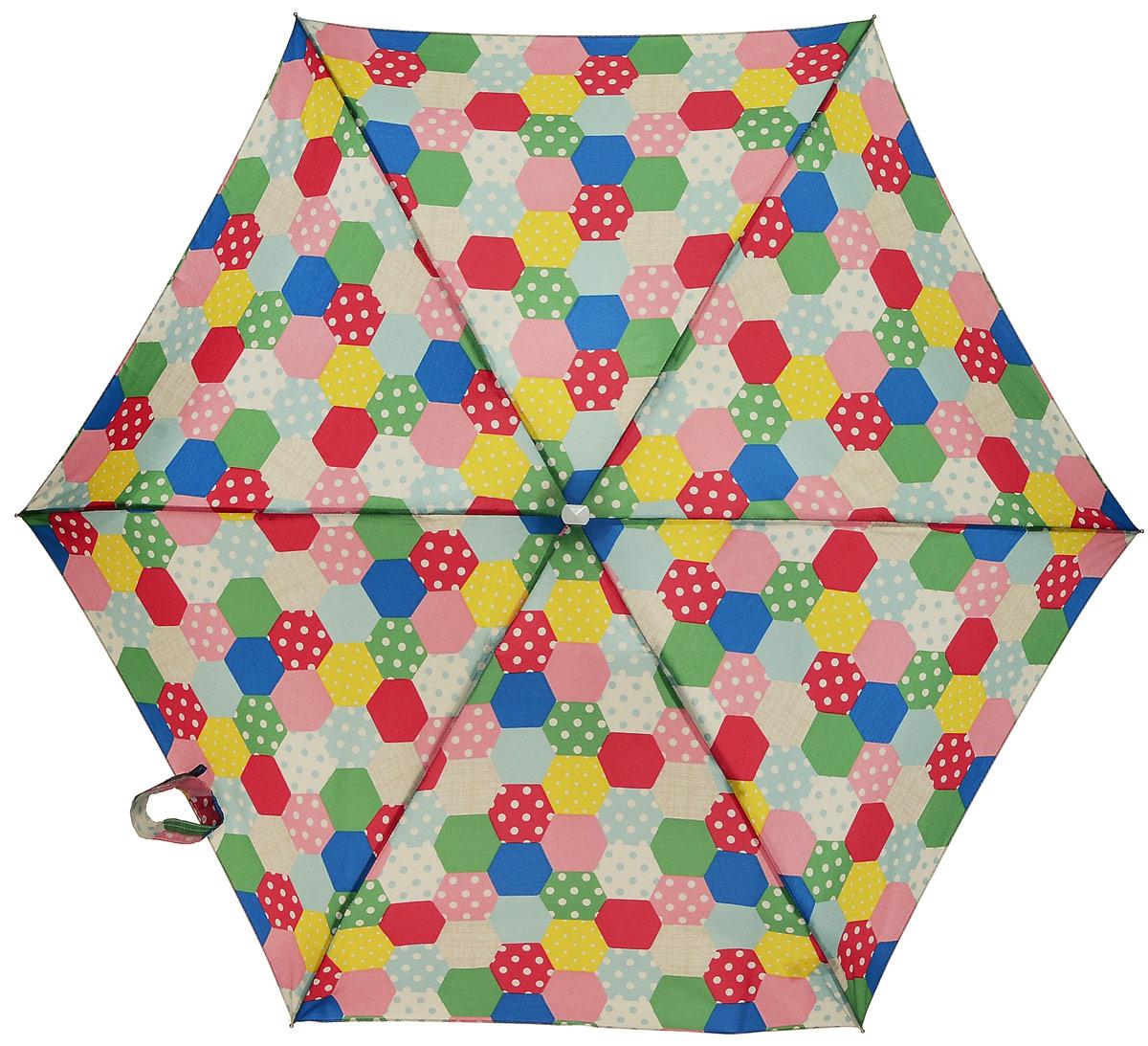 Зонт женский механика Cath Kidston Fulton, расцветка: заплатки. L521-2944 PatchworkNaturalL521-2944 PatchworkNaturalПрочный, необыкновенно компактный зонт, который с легкостью поместится в маленькую сумочку. Удобный плоский чехол. Облегченный алюминиевый каркас с элементами из фибергласса. Ветроустойчивая конструкция. Размеры зонта в сложенном виде 15смх6смх3см, диаметр купола 87 см.