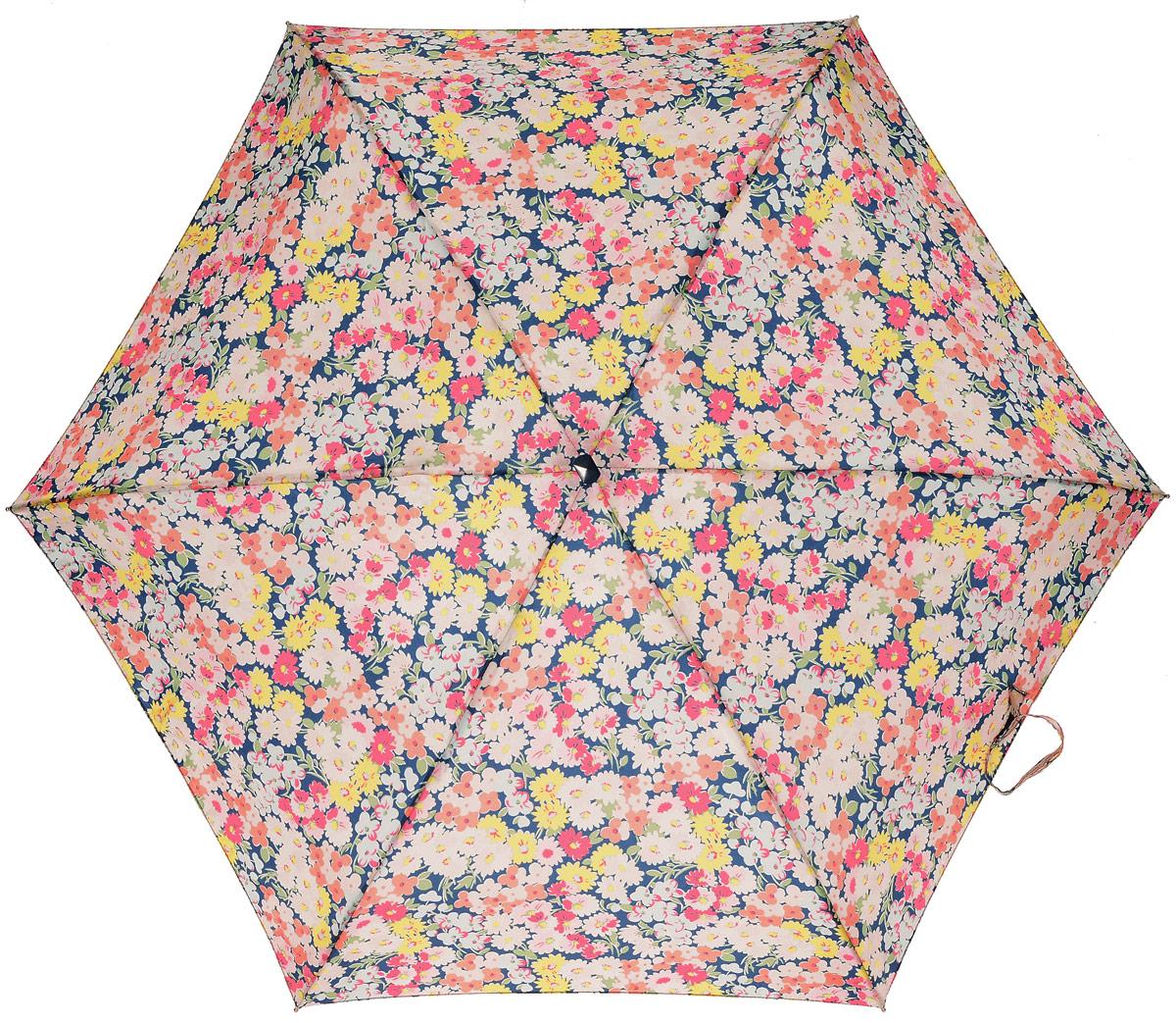 Зонт женский механика Cath Kidston Fulton, расцветка: расцветкаы. L521-3132 Daisy BedL521-3132 DaisyBedПрочный, необыкновенно компактный зонт, который с легкостью поместится в маленькую сумочку. Удобный плоский чехол. Облегченный алюминиевый каркас с элементами из фибергласса. Ветроустойчивая конструкция. Размеры зонта в сложенном виде 15смх6смх3см, диаметр купола 87 см.