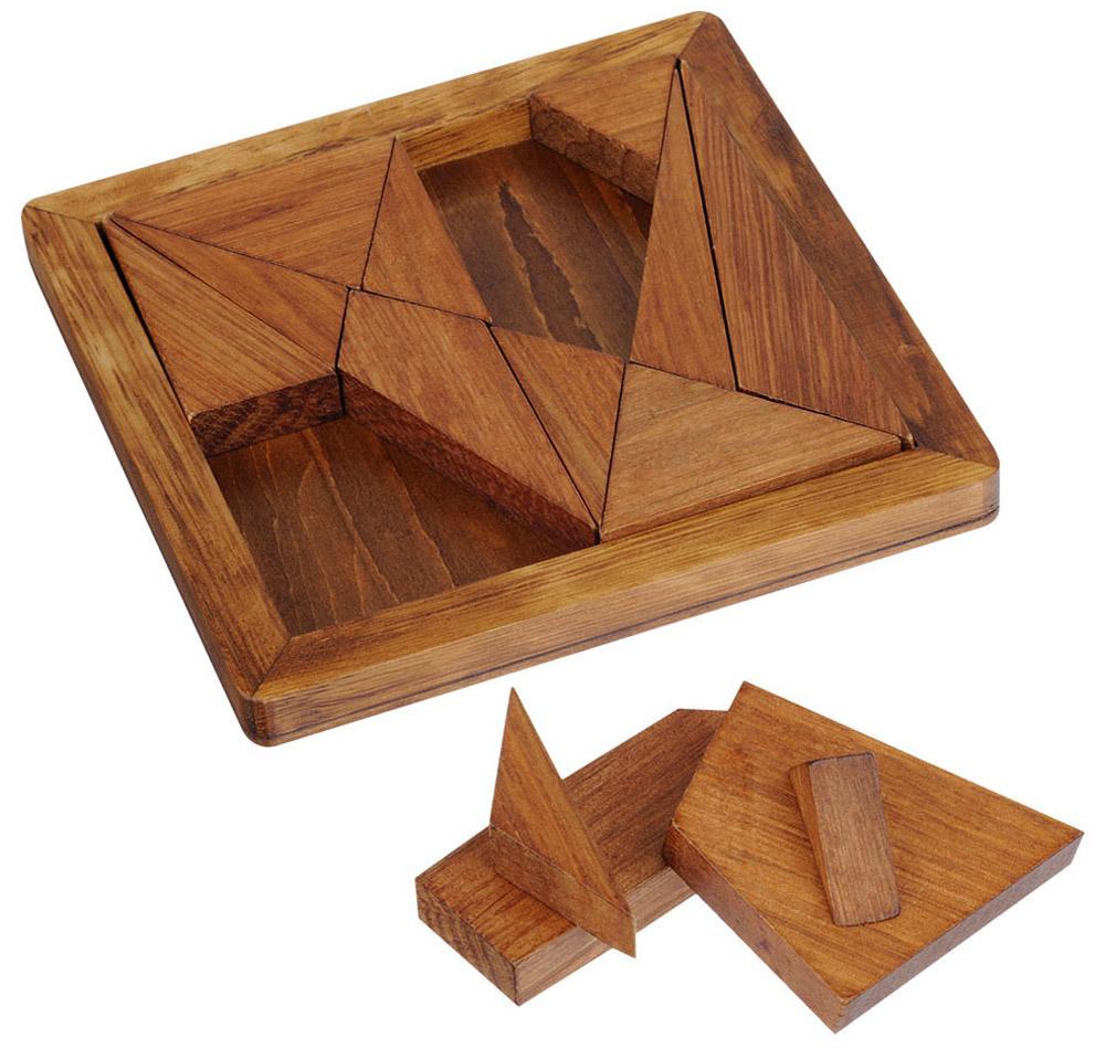 Professor Puzzle Головоломка Танграм Архимеда5060036531409Классическая головоломка Professor Puzzle Танграм Архимеда состоит из 14 деревянных частей. Сложите все детали обратно в квадратную рамку! Но это не всё: в буклете с головоломкой вы найдете 12 дополнительных заданий. У этой головоломки наивысший уровень сложности. Головоломка Танграм Архимеда входит в серию Великие умы (Great Minds Range), которая объединяет головоломки, проверенные временем, и связывает каждую из них с одним из величайших мыслителей. Историческая справка, размещённая на коробке, расскажет о личности и даст информацию о том, как связаны человек и головоломка. Оформление в античном стиле придает головоломкам состаренный вид. Время игры: 25-30 минут. Уровень сложности: 5.