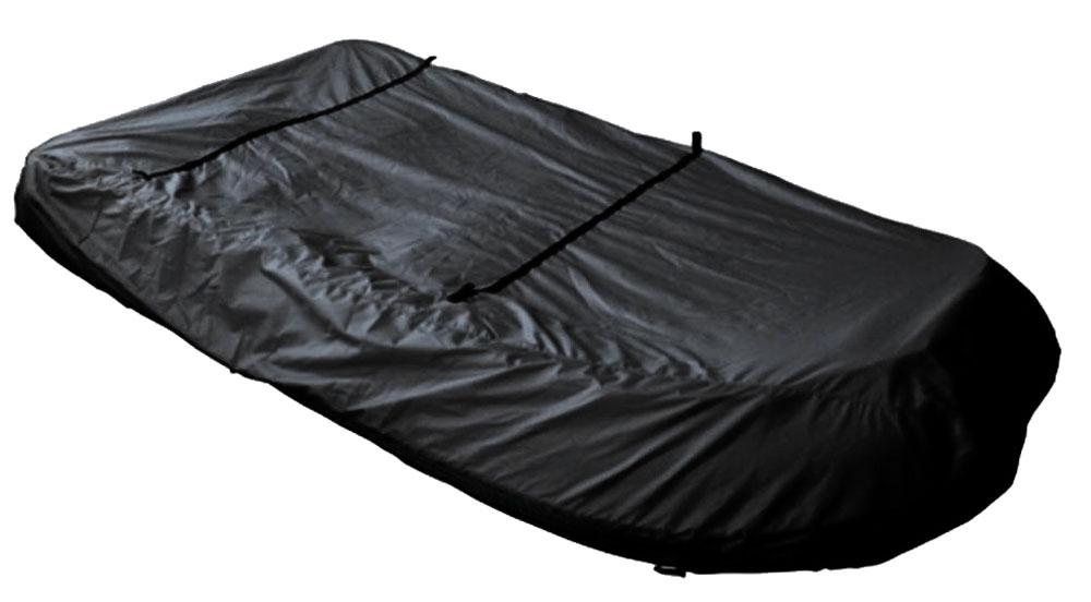 Чехол AG-brand, для транспортировки лодок ПВХ 330AG-UNI-MA-PVC330-TC_черныйЧехол AG-brand предназначен для транспортировки лодок. Он изготовлен из высокопрочной плотной тентовой ткани с высоким показателем водоупорности. Изделие дополнено прочной текстильной стропой для крепления лодки в прицепе или специальном боксе для перевозки. Чехол для транспортировки и хранения входит в комплект.