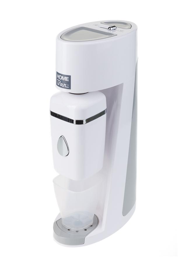 Сифон для газирования воды Home Bar Elixir Evolution, без баллона, цвет: белыйElixirEvolution whiteСифон HOME BAR Elixir Evolution позволяет газировать воду, как для одного человека, так и для целой компании, благодаря наличию контейнера объемом 0,4л и бутылки 1л. Сифон для газирования воды имеет два предохранительных клапана: - встроенный клапан сбрасывает в случае, если вы нажимали на кнопку газирования слишком долго; - кнопка сброса избыточного давления, на которую следует нажать, после газирования воды в бутылке. В противном случае снять бутылку с сифона будет невозможно. При приготовлении воды в контейнере SSU кнопка сброса избыточного давления блокируется. Сброс давления происходит во время слива воды в стакан. Предназначен для газирования чистой охлажденной воды. Рекомендуемая температура воды 50С. Для приготовления напитка сироп рекомендуется наливать в отдельную емкость. Автоматический сброс давления. Не требует электроэнергии. Совместим с баллонами SODASTREAM. Байонетное соединение для установки баллона. Состав бутылки не...
