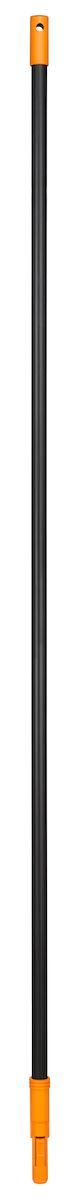 Черенок Fiskars Solid, 160 см135001Черенок Fiskars Solid изготовлен из алюминия, очень легкий и удобный в работе. Используется с пластиковыми граблями, которые крепятся автоматически, без всяких усилий. не нужно ничего закручивать, а снимать немного сложнее - фиксирующий язычок довольно жесткий, и давить на него приходится сильно. Чтобы было удобно хранить, имеется отверстие для подвешивания. Благодаря надежному креплению вы не потеряете насадку во время работы. Длина черенка: 160 см.