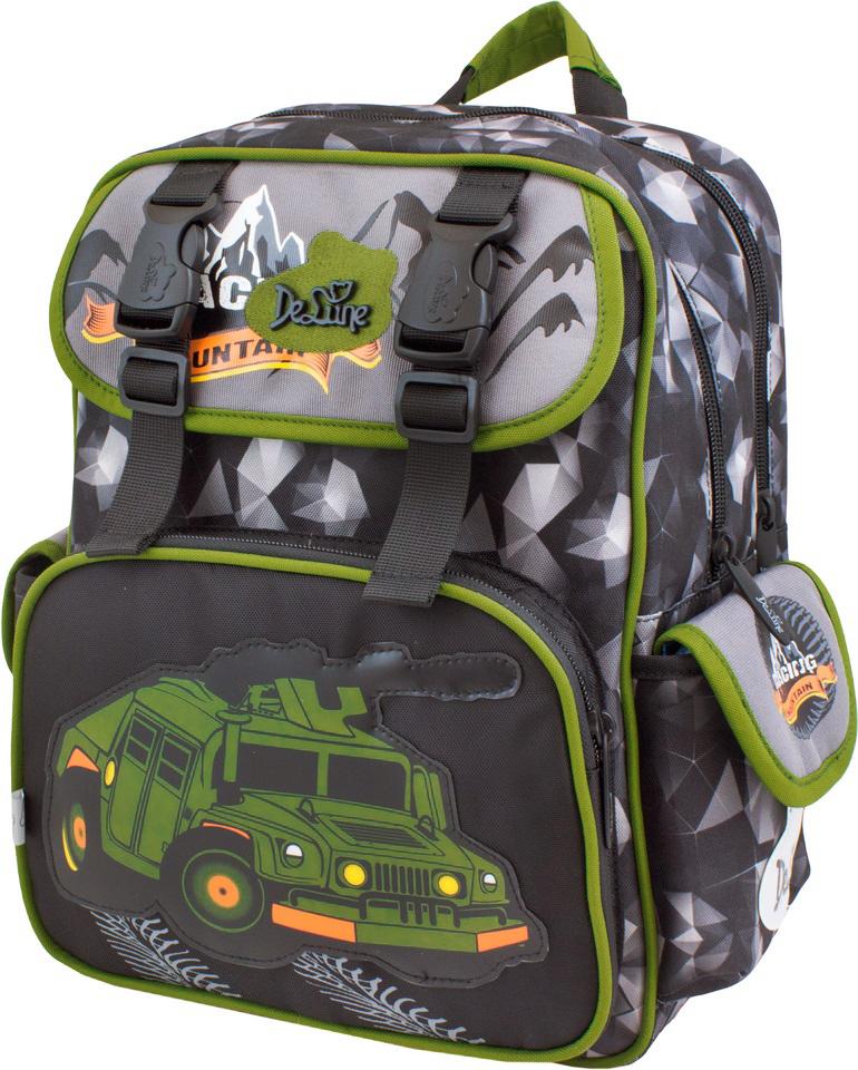 DeLune Рюкзак детский Mountain с наполнением цвет черный болотный 2 предмета51-10Детский рюкзак DeLune Mountain имеет мягко-каркасную форму. Эта уникальная технология, позволяющая держать форму даже при полностью пустом рюкзаке, не прогибается и не меняет форму под весом. Эргономичная спинка имеет достаточно жесткий каркас, но при этом очень мягкая и приятная снаружи, что обеспечивает комфортное ношение и защиту спины ребенка. Рюкзак содержит два вместительных отделения, закрывающиеся на застежки-молнии известной фирмы SBS. В большем отделении находятся две пластиковые перегородки для тетрадей, фиксирующиеся резинкой, а также три открытых сетчатых кармана и нашивная бирка для заполнения личных данных владельца. Дно рюкзака можно сделать более устойчивым, разложив специальную панель. Второе отделение не имеет карманов и предназначено для переноски больших книг и тетрадей формата А4. Внутреннее оснащение рюкзака разработано по специальной системе распределения вещей Open access, что позволяет удобно распределить школьные принадлежности ребенка. Лицевая...