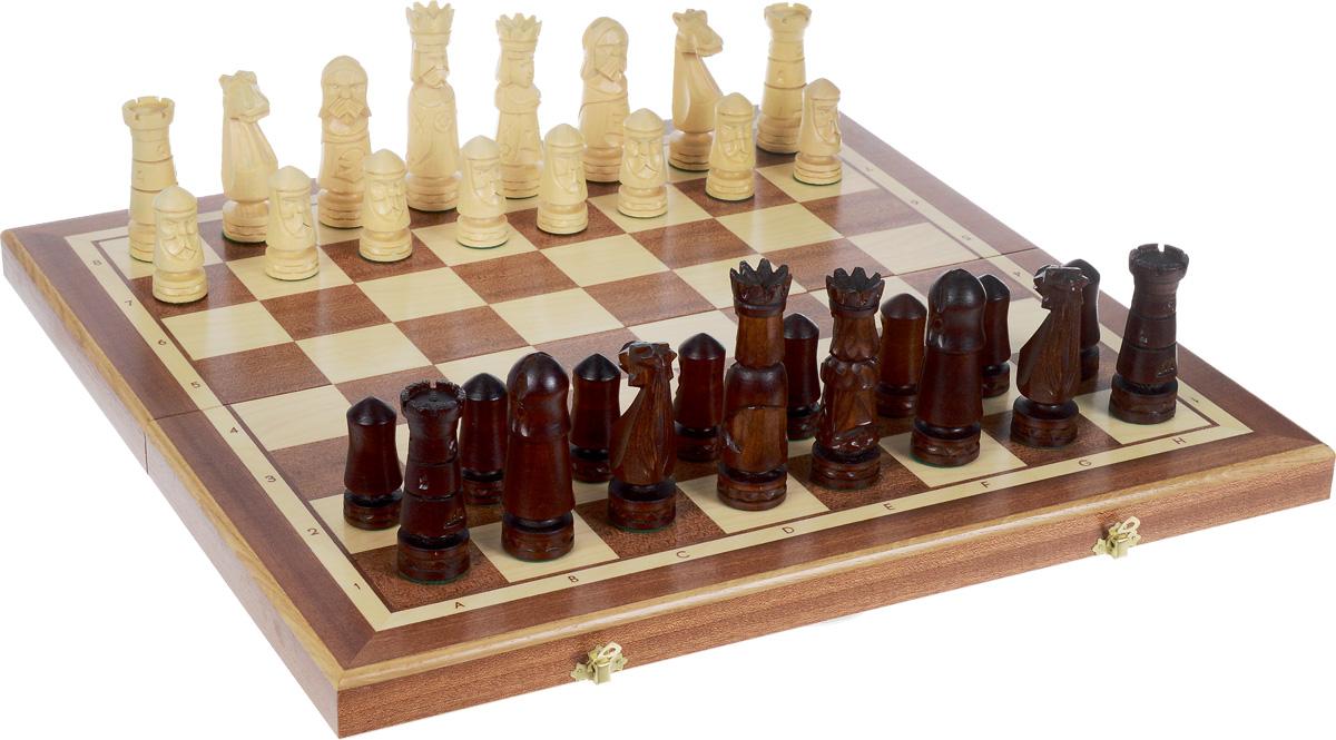 Madon Шахматы Большой Замок 58 х 29 х 7 см106CШахматы Madon Большой Замок - настольная логическая игра, которая соединяет в себе элементы искусства, науки и спорта. Изделие представляет собой шахматные фигуры и деревянный кейс с игровым полем. Кейс оформлен изящной резьбой и закрывается на два металлических замка. Внешняя поверхность - игровое поле. Внутренняя поверхность оформлена бархатистым зеленым текстилем. Шахматы - любимая настольная игра для интеллектуалов всех возрастов. Расчерченное квадратами поле с фигурами бежевого и коричневого цветов на долгие часы увлечет ценителей этой игры. Деревянная резная игральная доска поделена на равные квадратные клетки. Крупные деревянные фигуры, покрытые прозрачным лаком, обязательно понравятся как опытному игроку, так и начинающему. Играя в шахматы, человек успокаивается и отвлекается от повседневной суеты. Классические шахматы - игра для тех, кто любит подумать над разными ходами. Классические шахматы могут послужить прекрасным подарком или стать предметом для...