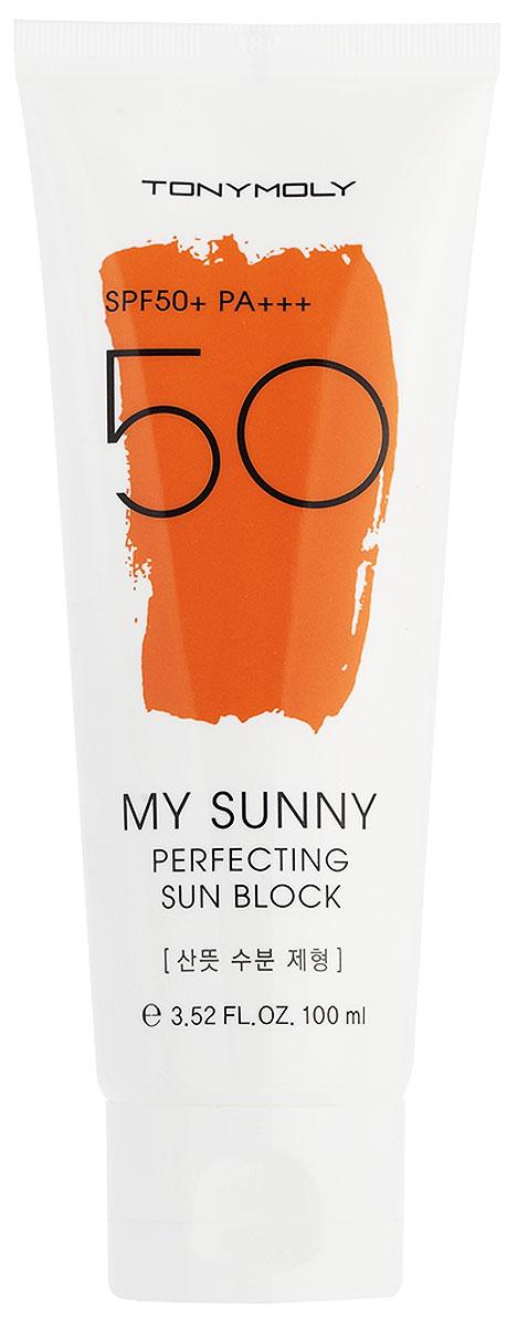 Tonymoly Крем от солнца My Sunny Perfecting Sun Block SPF50+ PA+++, 100 млSS06004800Высокая степень защиты этого санблока от Тони Моли позволит вам длительное время находиться на открытом солнце и не переживать за состояние кожи. Крем имеет фактор защиты SPF50+ PA+++ и надежно оберегает кожу от лучей как UVA, так и UVB-типа. Специально подобранный состав компонентов позволяет использовать крем даже тем, чья кожа очень чувствительна. В составе крема комплекс растительных экстрактов, а также морские водоросли. Морские водоросли – очень полезный для кожи компонент косметики, в составе которого полисахариды, аминокислоты, витамины и минералы. Морские водоросли оказывают увлажняющее и питательное действие, успокаивают кожу, заживляют воспаления и раздражения, уменьшают покраснения, выводят токсины, уменьшают отечность кожи. Морские водоросли – мощный антиоксидант, защищают клетки кожи от разрушения свободными радикалами. Экстракты алоэ вера, ромашки, портулака, лилии – оказывают увлажняющее, противовоспалительное, успокаивающее действие, осветляют существующую...