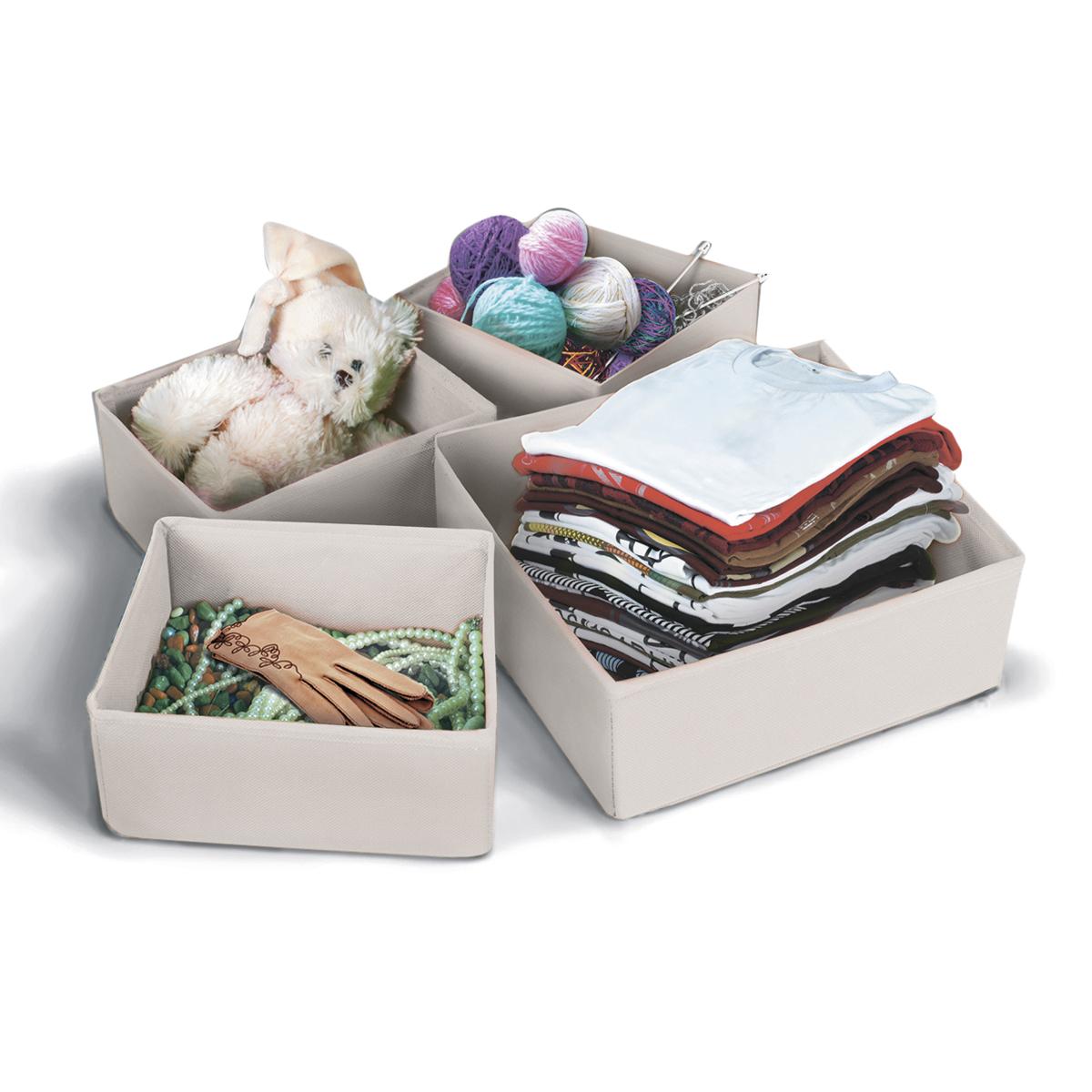 Набор коробок для хранения вещей Miolla, цвет: бежевый, 4 предметаCHL-8-6Набор Miolla состоит из 4 коробок разного размера для хранения различных вещей. Коробки выполнены из высококачественного нетканого материала, который не пропускает пыль, но при этом позволяет воздуху свободно проникать внутрь, обеспечивая естественную вентиляцию. Благодаря специальным картонным вставкам, коробки прекрасно держат форму. Особая конструкция позволяет при необходимости сложить или разложить коробку. Благодаря вместительности коробок вы сможете сэкономить место в вашем доме, и все вещи всегда будут в порядке. Размеры коробок: 260 х 260 х 80 см, 260 х 140 х 80 см, 200 х 160 х 80 см, 200 х 160 х 80 см.