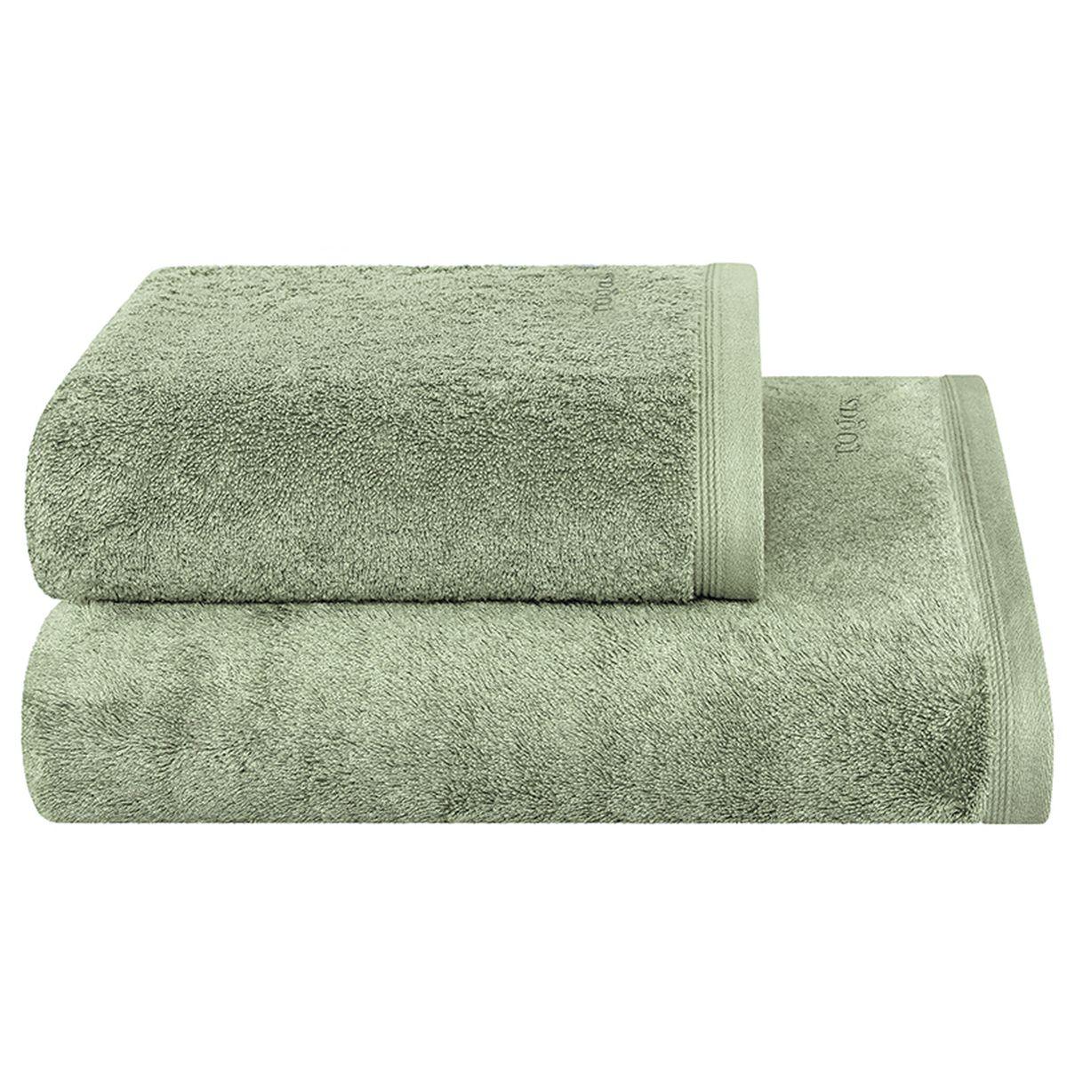 Полотенце Togas Пуатье, цвет: зеленый, 50 х 100 см10.00.01.1047Полотенце Togas Пуатье невероятно гармонично сочетает в себе лучшие качества современного махрового текстиля. Безупречные по качеству, экологичное полотенце из 70% хлопка и 30% модала идеально заботится о вашей коже, особенно после душа, когда вы расслаблены и особо уязвимы. Деликатный дизайн полотенца Togas «Пуатье» - воплощение изысканной простоты, где на первый план выходит качество материала. Невероятно мягкое волокно модал, превосходящее по своим свойствам даже хлопок, позволяет улучшить впитывающие качества полотенца и делает его удивительно мягким. Модал - это 100% натуральное, экологически чистое целлюлозное волокно. Оно производится без применения каких-либо химических примесей, поэтому абсолютно гипоаллергенно. Полотенце Togas Пуатье, обладающее идеальными качествами, будет поднимать вам настроение.