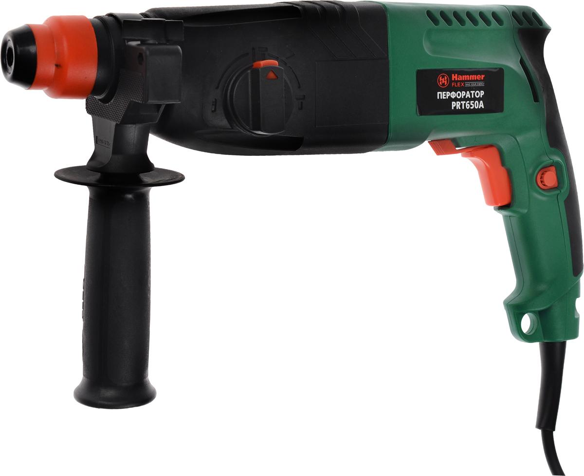 Перфорато Hammerflex PRT650A, с бурами + ПОДАРОК: Пика319657Перфоратор Hammerflex PRT650A подходит для использования как в быту, так и на производстве. Перфоратор предназначен для создания отверстий в металле, в дереве и других твердых материалах. В режиме сверление с ударом или долбление инструмент способен продолбить отверстие в бетоне, кирпиче, керамике. А если переключиться в режим завинчивание инструмент превращается в обычный шуруповерт, которым можно вкручивать саморезы. Отличная производительность При относительно не сложных видах работ, а также при эксплуатации инструмента на высоте вам необходим сравнительно легкий и производительный перфоратор. Именно таким является Hammerflex PRT650A от производителя Hammer. Весом 3,3 кг, он снабжен мощным двигателем 650 Вт и длинным сетевым кабелем 3,3 м. Модель имеет функцию удара с энергией 2,2 Дж, частотой 4850 уд/мин, что делает его отличным убийцей бетона и кирпича. Долбить или сверлить Самым популярным режимом большинства перфораторов является...
