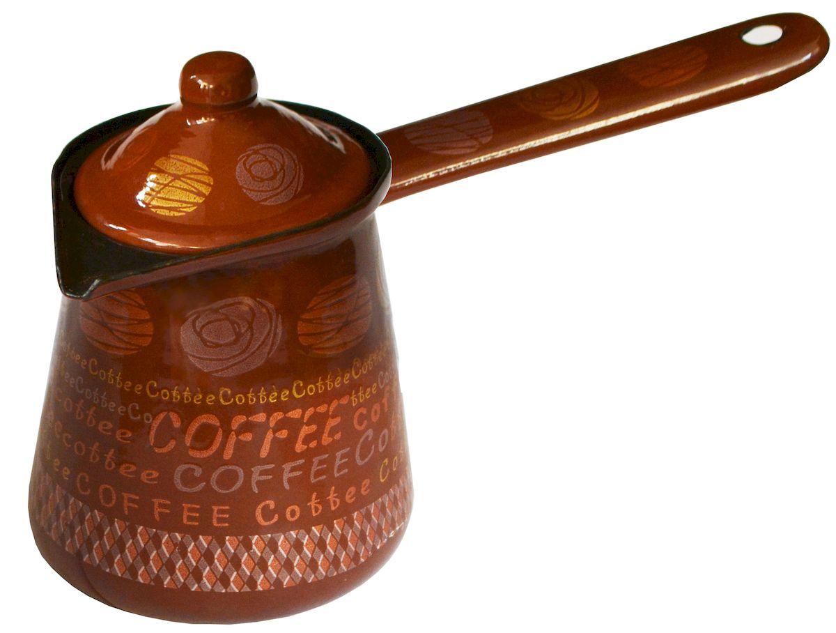 Турка Calve, с крышкой, цвет: коричневый, 500 млCL-7000Турка Calve, изготовленная из высококачественной стали, предназначена для приготовления кофе. Внешние стенки турки оформлены изящным рисунком. Изделие имеет широкое горлышко, специальный носик и крышку. Рукоятка снабжена специальным отверстием, благодаря которому изделие можно подвесить на крючок. Кофе в турке варится очень просто. Насыпьте молотый кофе, залейте водой и варите на слабом огне, не доводя до кипения. Чем дольше кофе варить, тем крепче он становится. Подходит для всех видов плит, включая индукционные. Диаметр турки (по верхнему краю): 8 см. Длина ручки: 13 см. Высота стенки: 10 см.