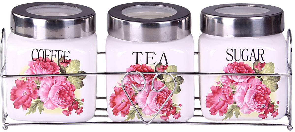 Набор банок Patricia, на подставке, 3 предмета. IM99-5213IM99-5213Набор банок на металлической подставке выполнены из высококачественного фарфора, включает в себя 3 банки различных размеров. Плотно закручивающая крышка на банке позволит хранить чай,кофе и многие другие сыпучие продукты. А дизайн таких банок украсит кухню любой хозяйки.