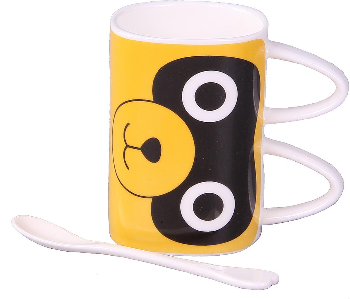 Кружка Empire of Dishes Кот, с ложкой, цвет: белый, желтый, черный, 350 млIM99-0539/2Кружка Empire of Dishes Кот изготовлена из высококачественной керамики. Кружка оформлена в виде головы кота. В комплект к кружке прилагается ложечка, которая с легкостью поможет размешать ваш любимый напиток. Такая кружка станет приятным сувениром родным и близким. Объем: 350 мл. Диаметр (по верхнему краю): 7,5 см. Высота кружки: 11 см.